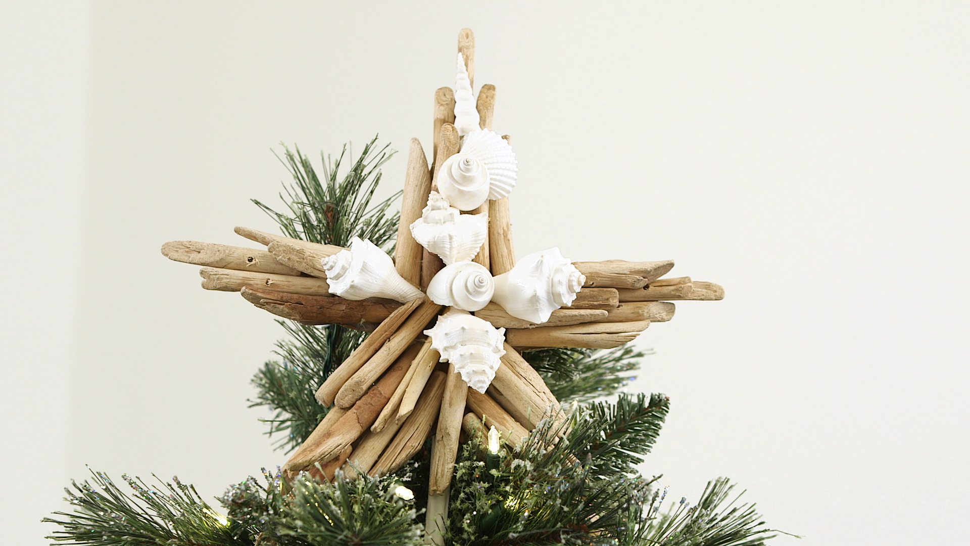 10 Diy Tree Toppers For Christmas Martha Stewart