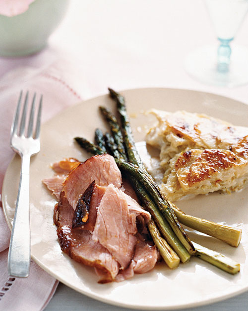 A Traditional (but Unfussy!) Easter Dinner That Celebrates Spring