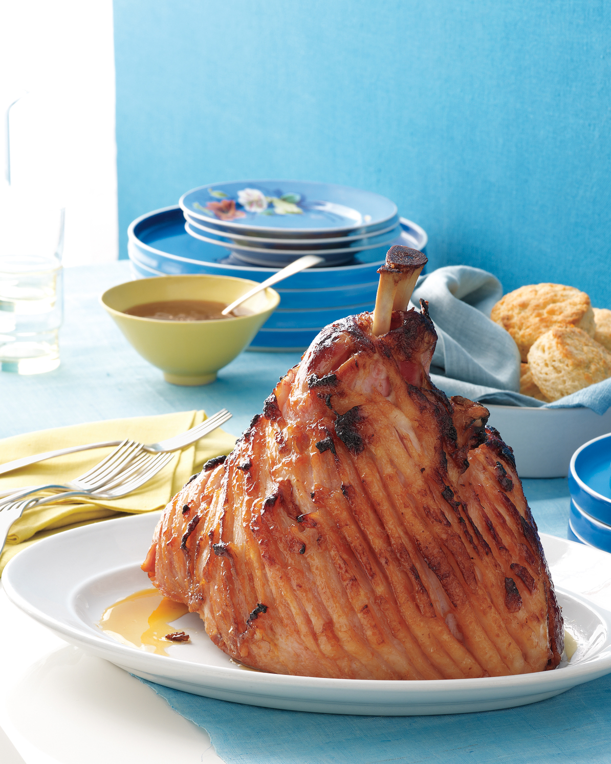 Delight Your Guests with Ham and Biscuits for Easter Dinner