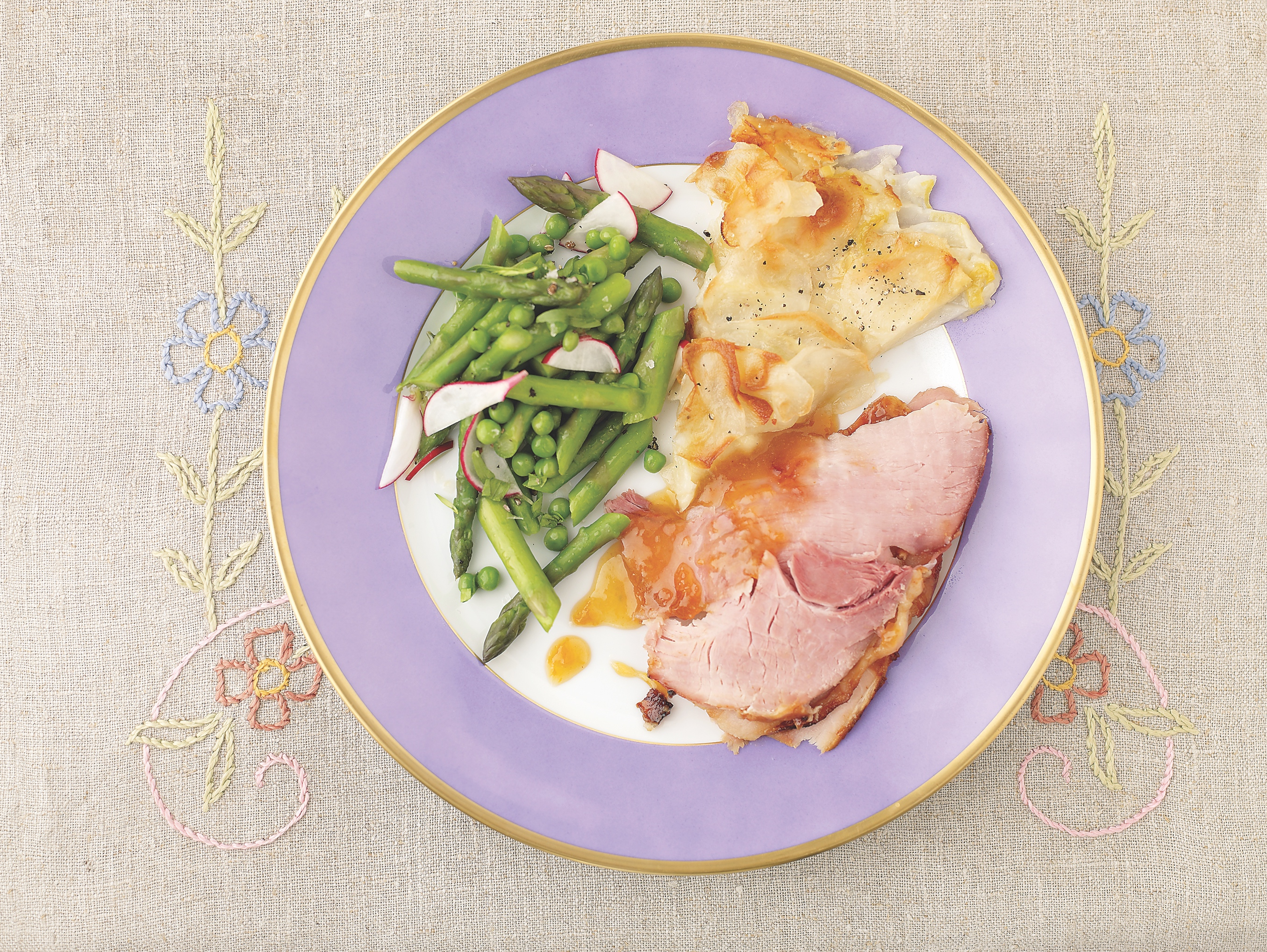 Feast on Baked Ham (and a Billowy Meringue Cake) for Easter Dinner