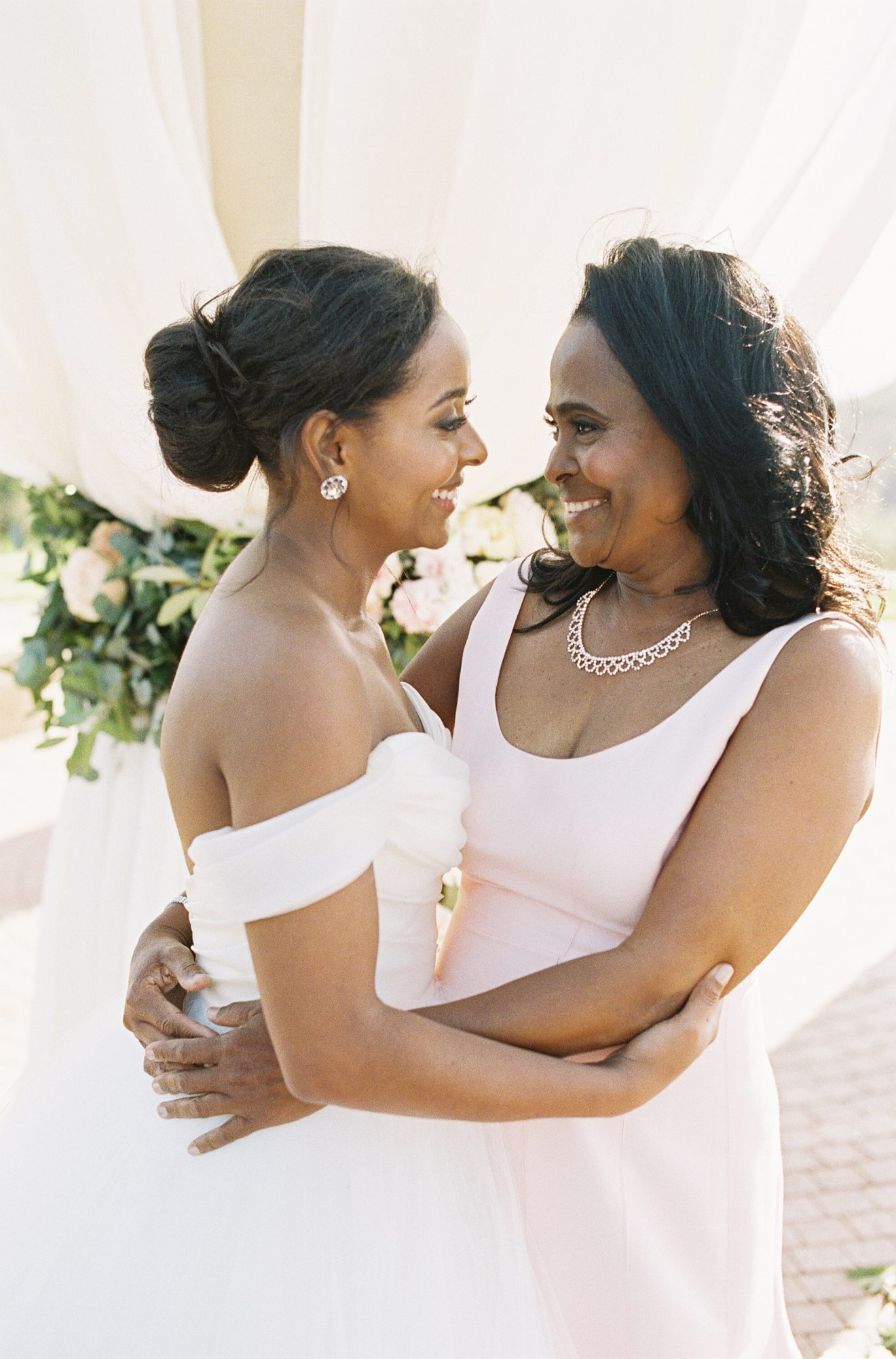 Mother Of The Bride Dresses That Wowed At Weddings Martha Stewart,Short Person Wedding Dresses For Short Curvy Brides