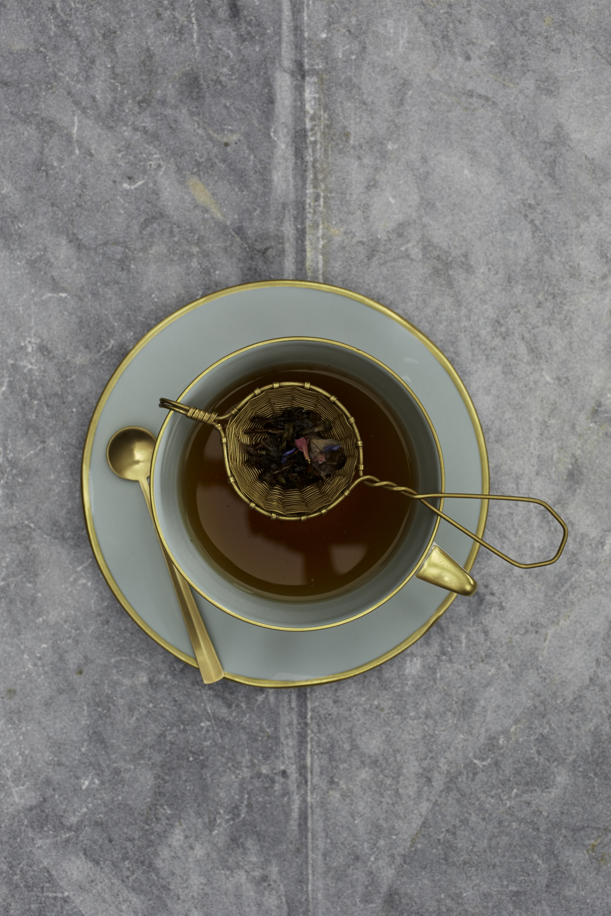 Science Says Drinking Tea Can Improve Brain Health