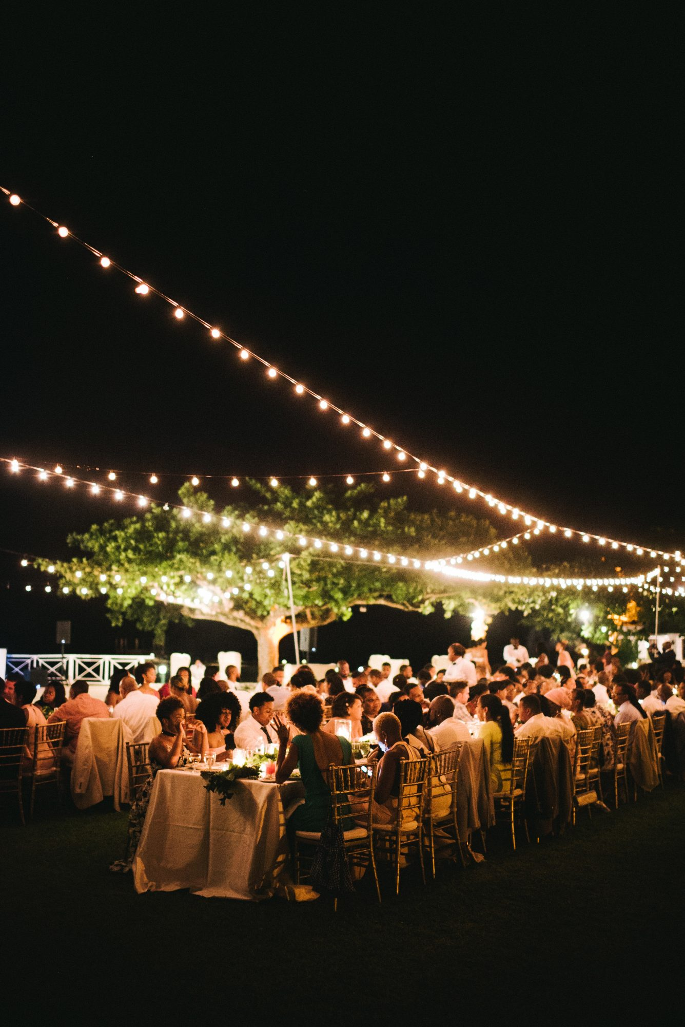 How To Illuminate Your Outdoor Wedding Martha Stewart