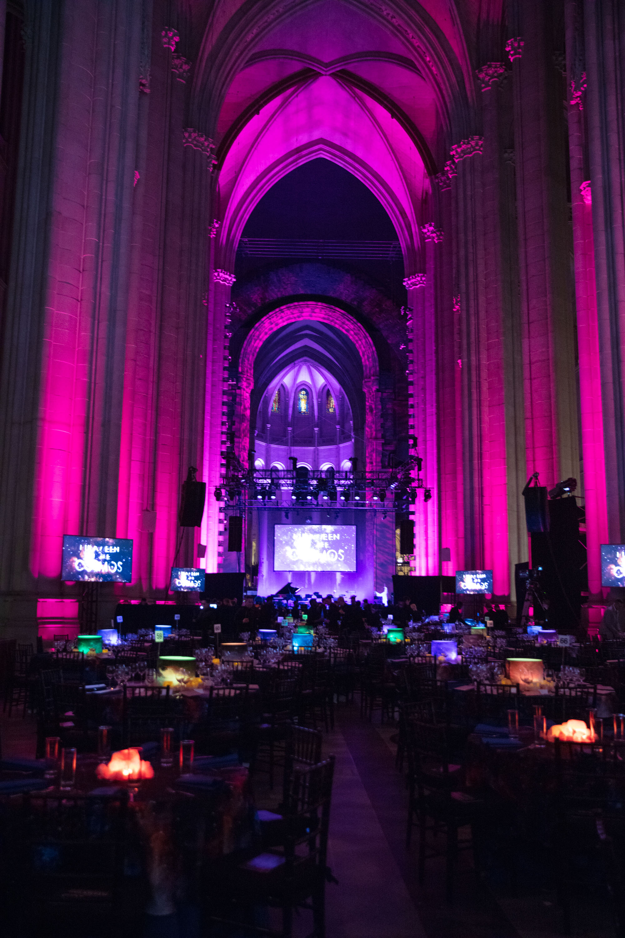 Tour the Inside of Bette Midler's  Cosmos  Hulaween Gala 2018