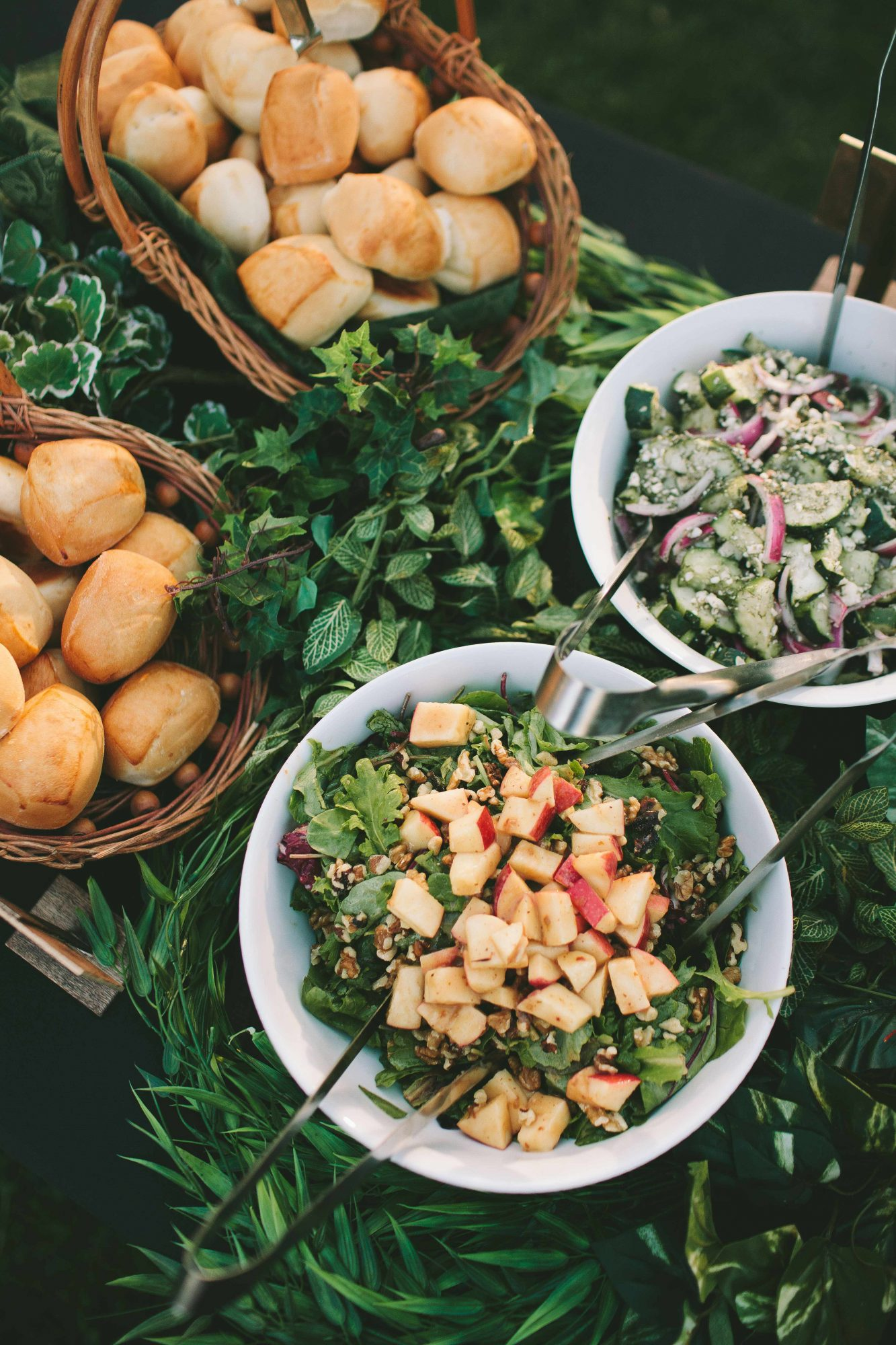 Wedding Food Stations vs. Buffets: An Expert Breaks Down the Differences |  Martha Stewart