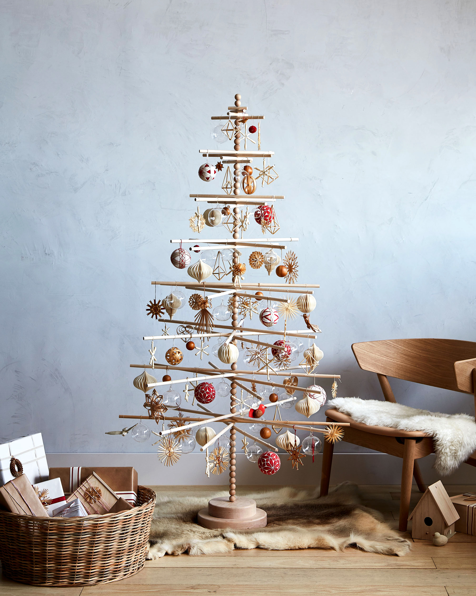 How To Decorate A Wooden Christmas Tree In Scandinavian Style Martha Stewart