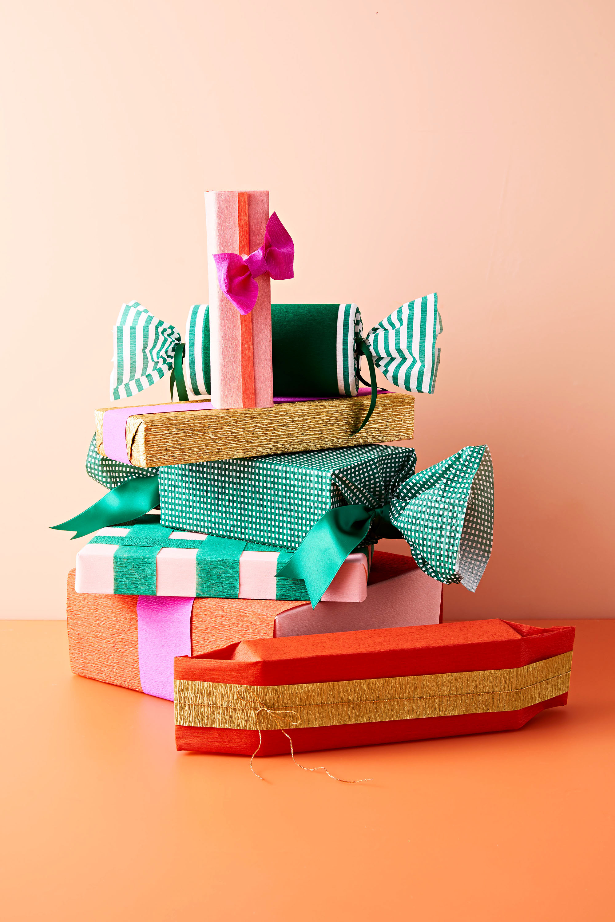 Crepe Paper: Our Golden Secret to Gift-Wrapping