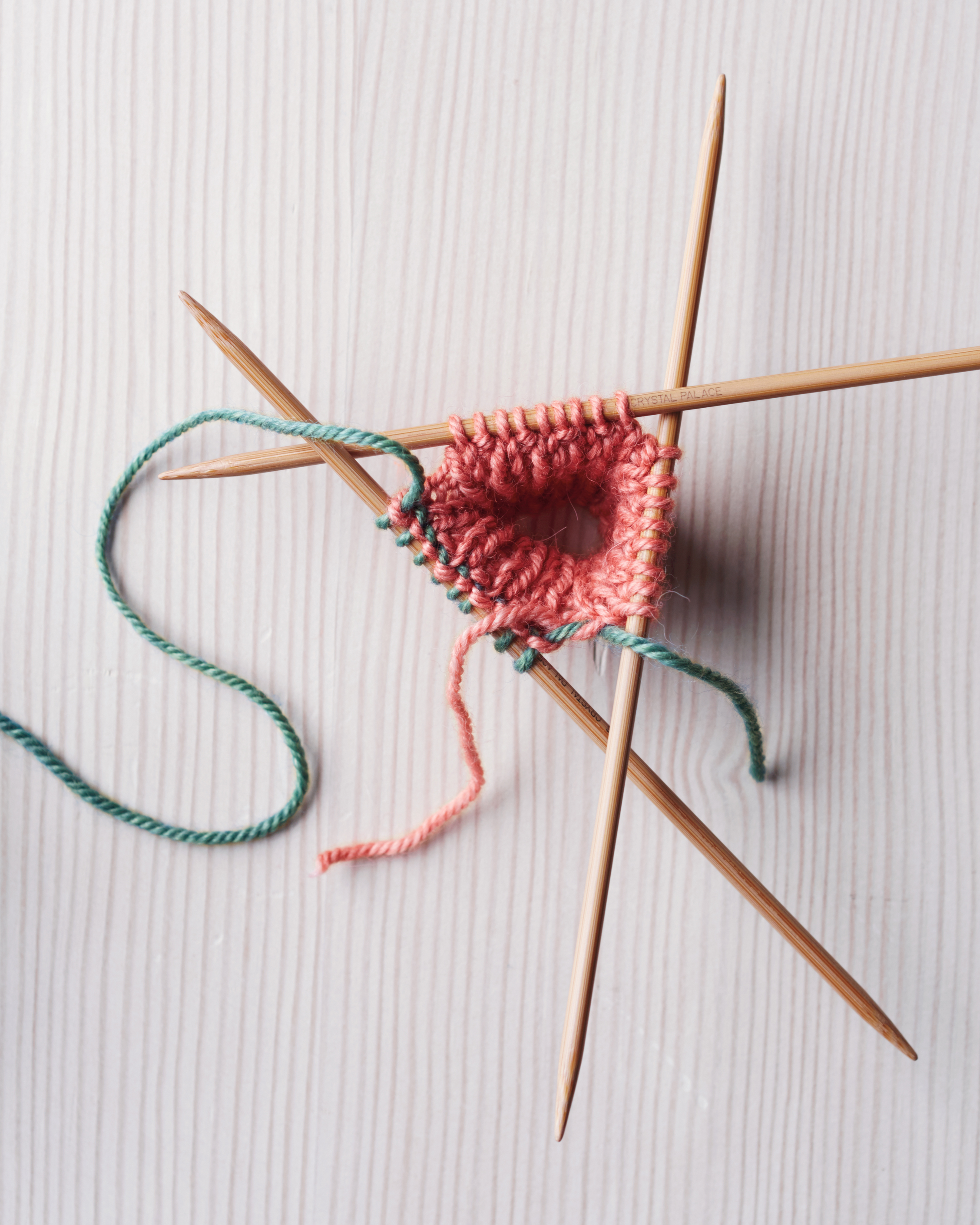 How to Use Double-Pointed Knitting Needles