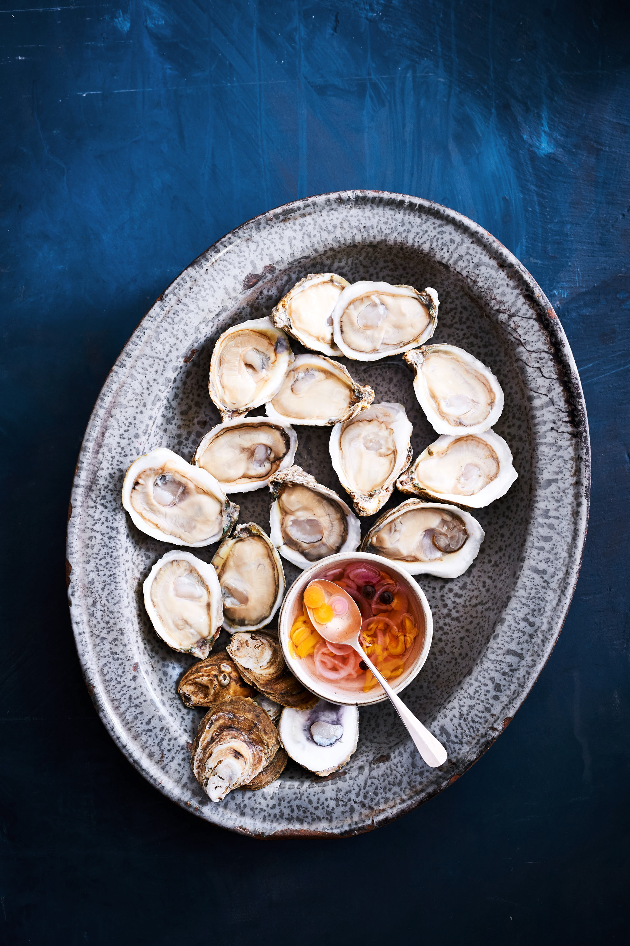 How to Buy, Store, and Shuck Oysters