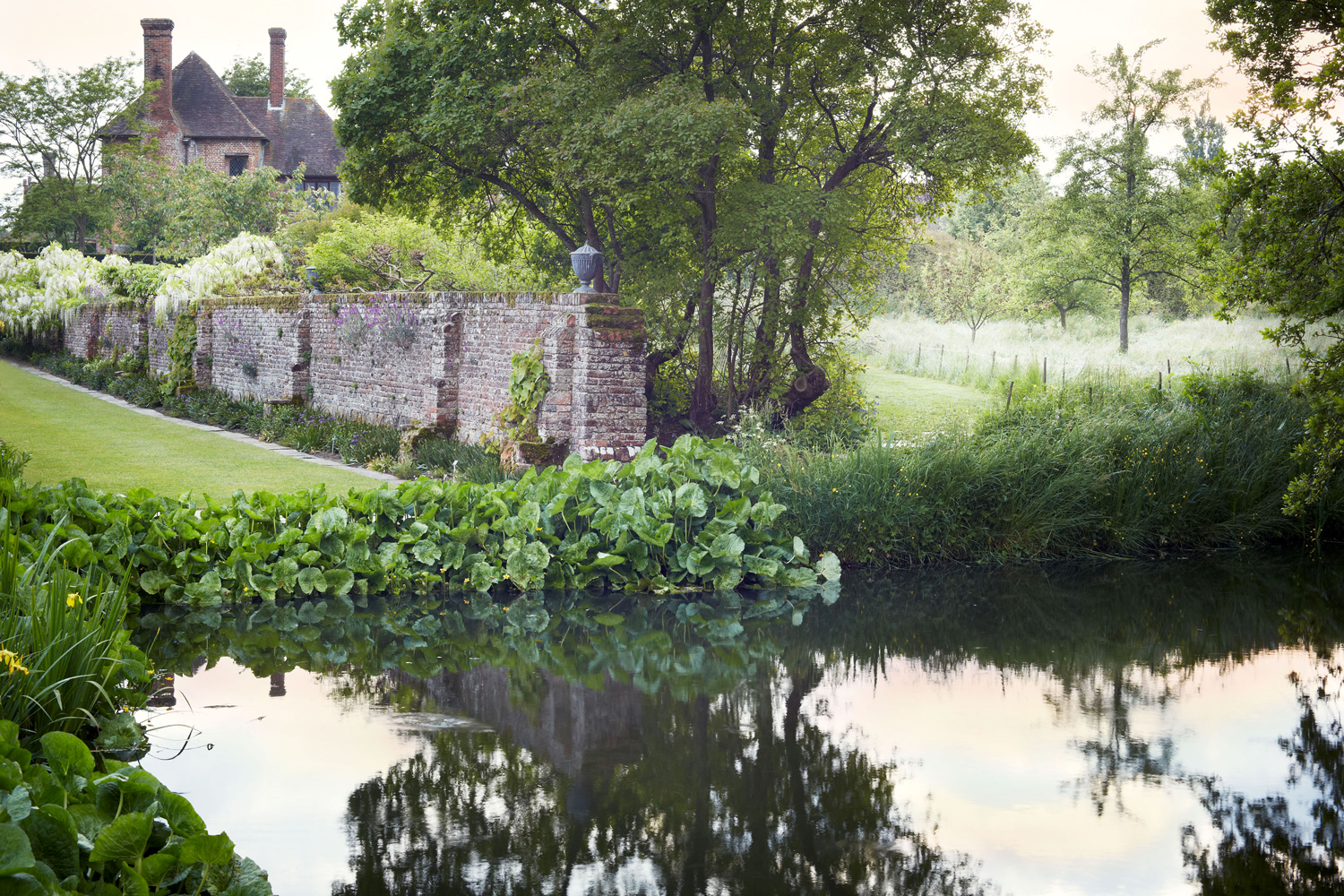 Your Ultimate Guide to English Gardens