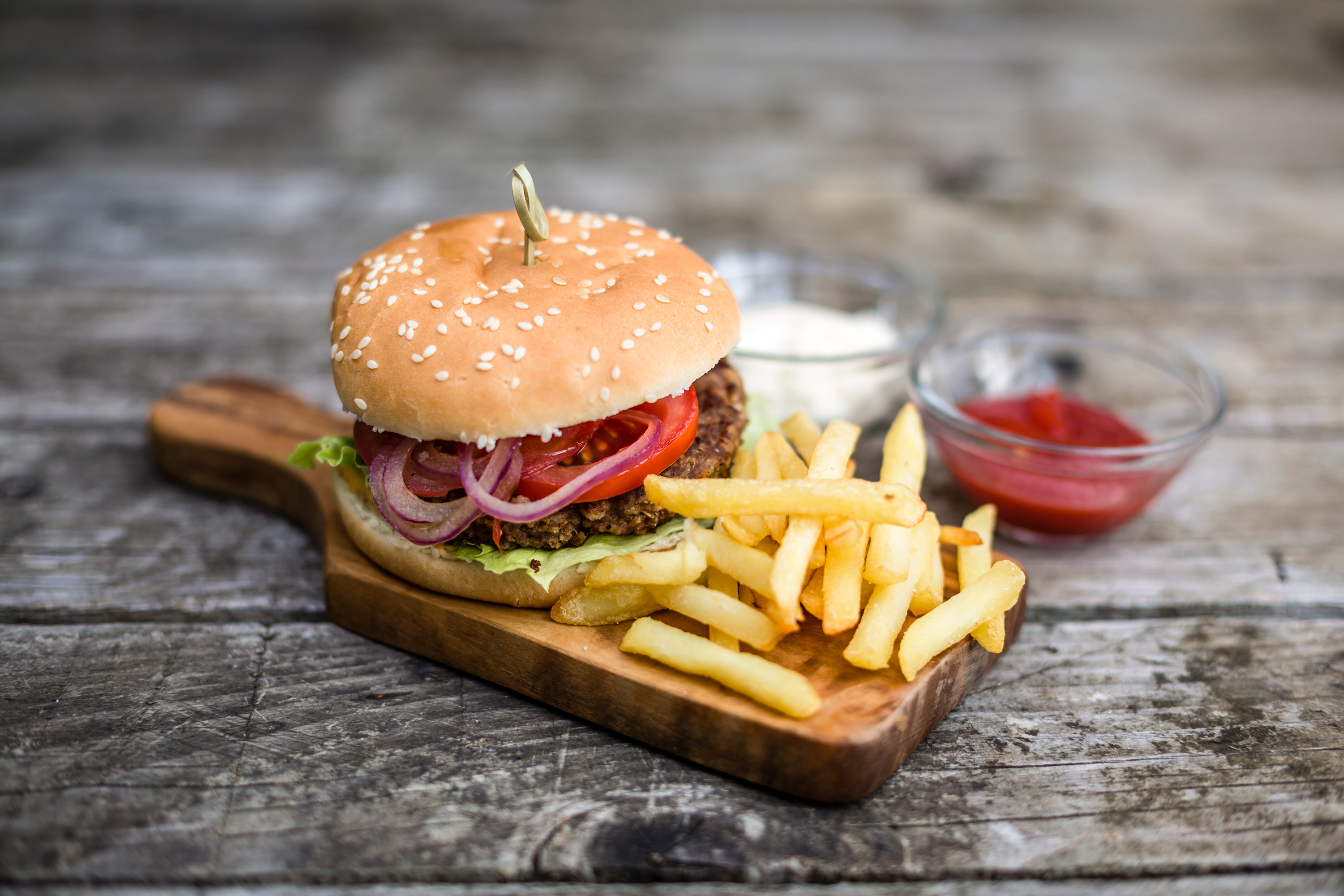 Data Reveals America's Favorite Burger Condiment Isn't Ketchup After All