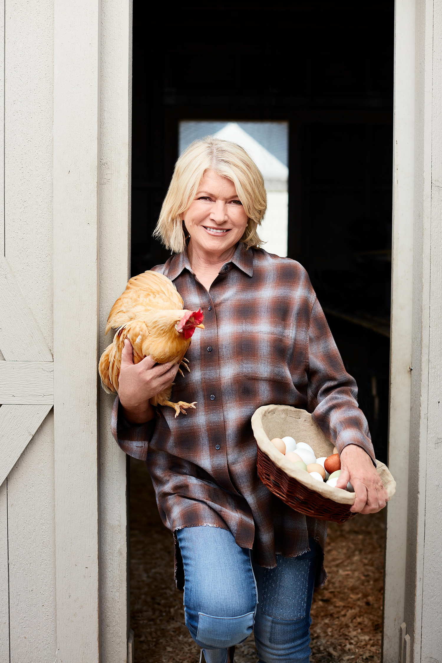 Martha's Guide to Raising Happy, Healthy Chickens at Home