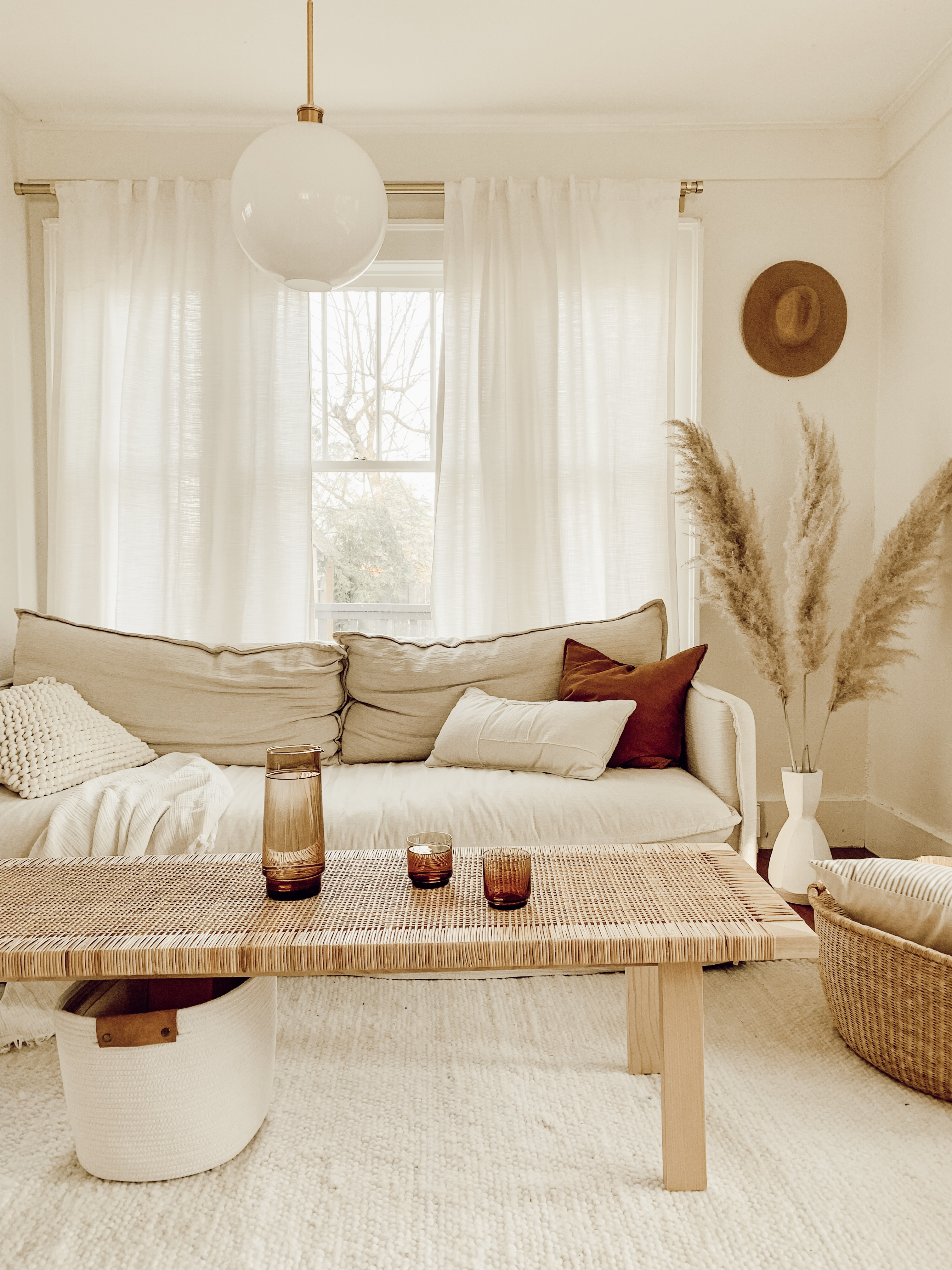 Spotlight On: Fresh Ways to Decorate Your Space with Beige