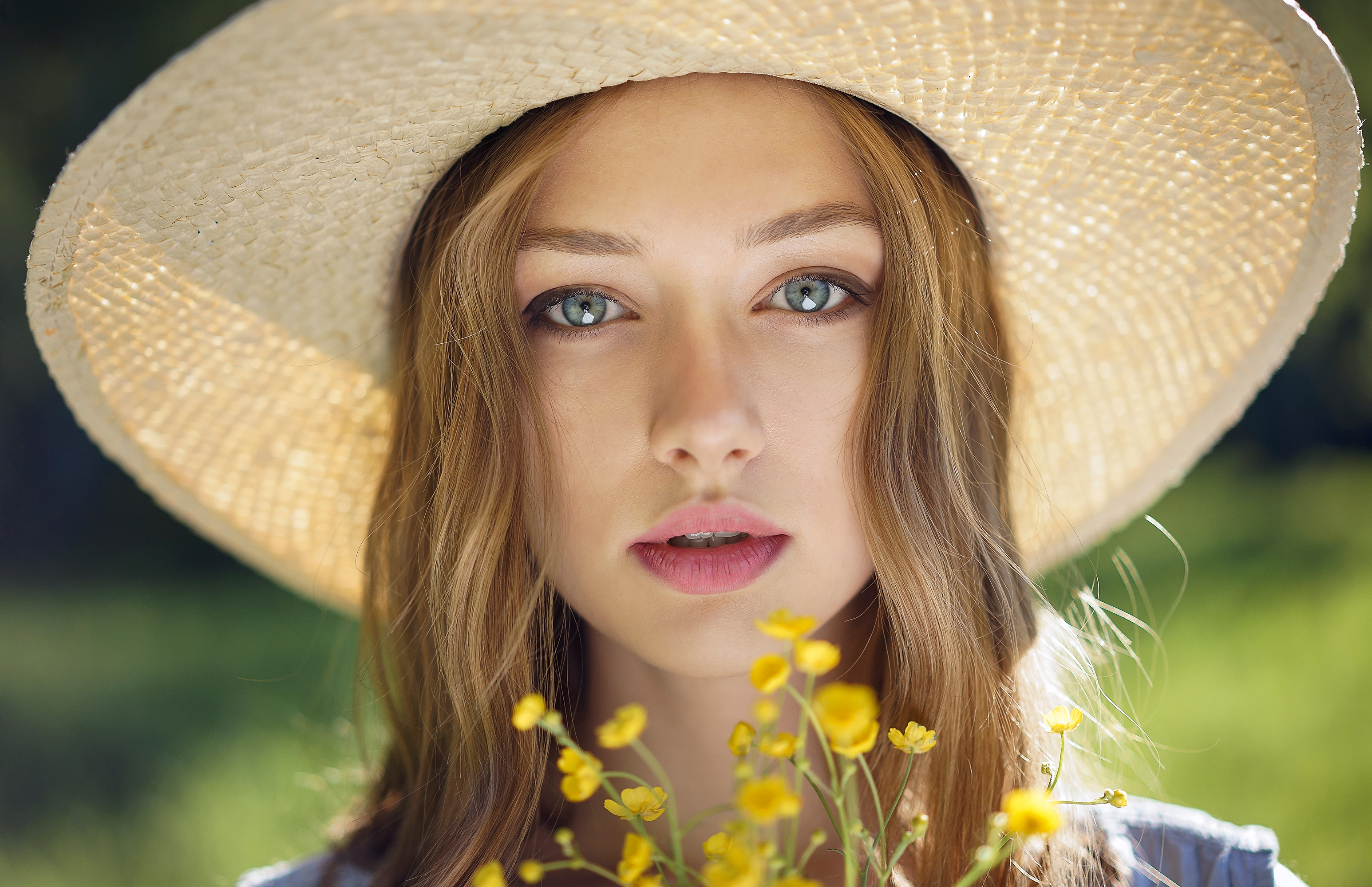 Lighten Up Your Summer Beauty Routine with These Essential Products