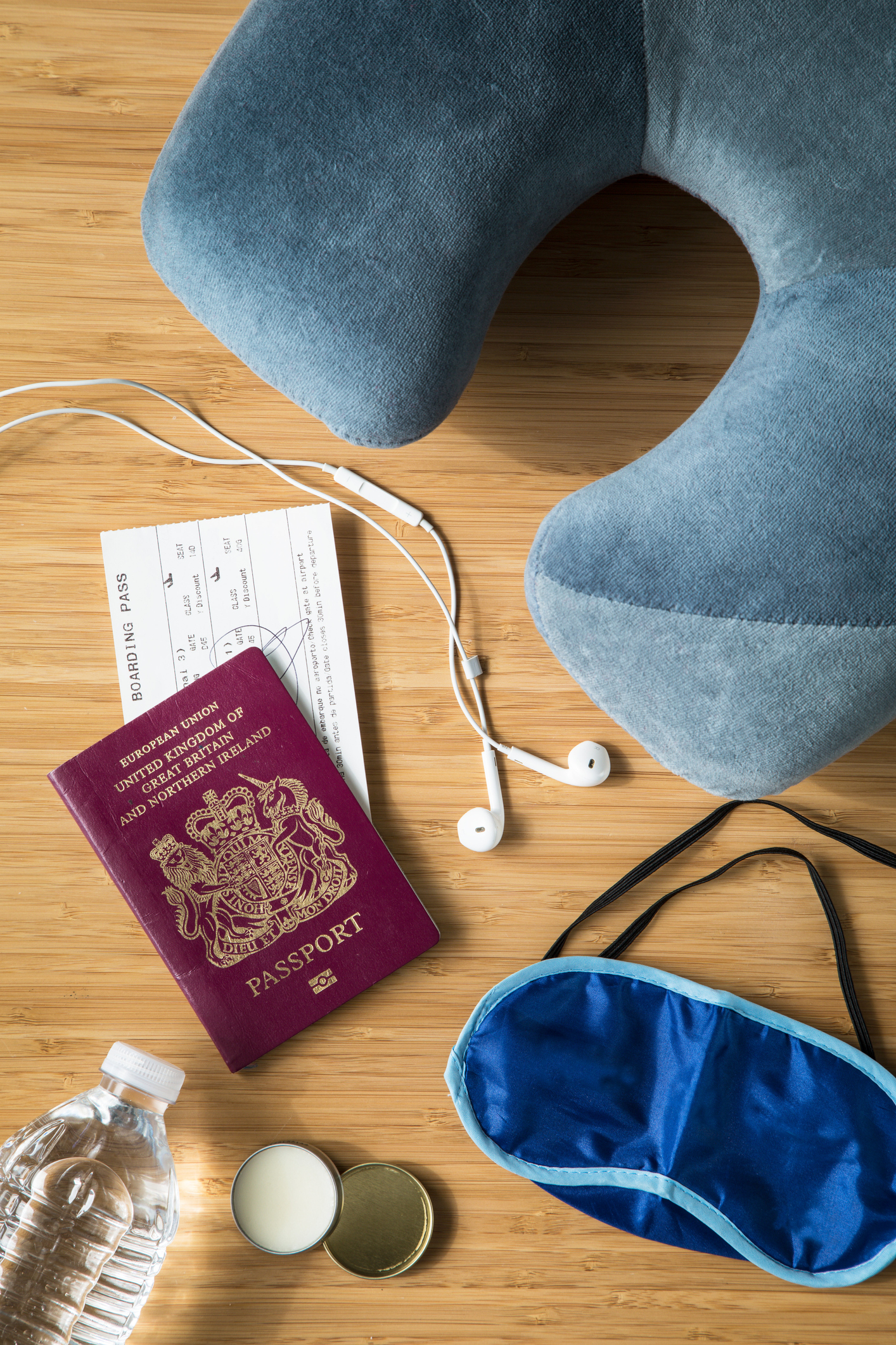 10 Jetsetter-Approved Essentials for Long-Haul Flights