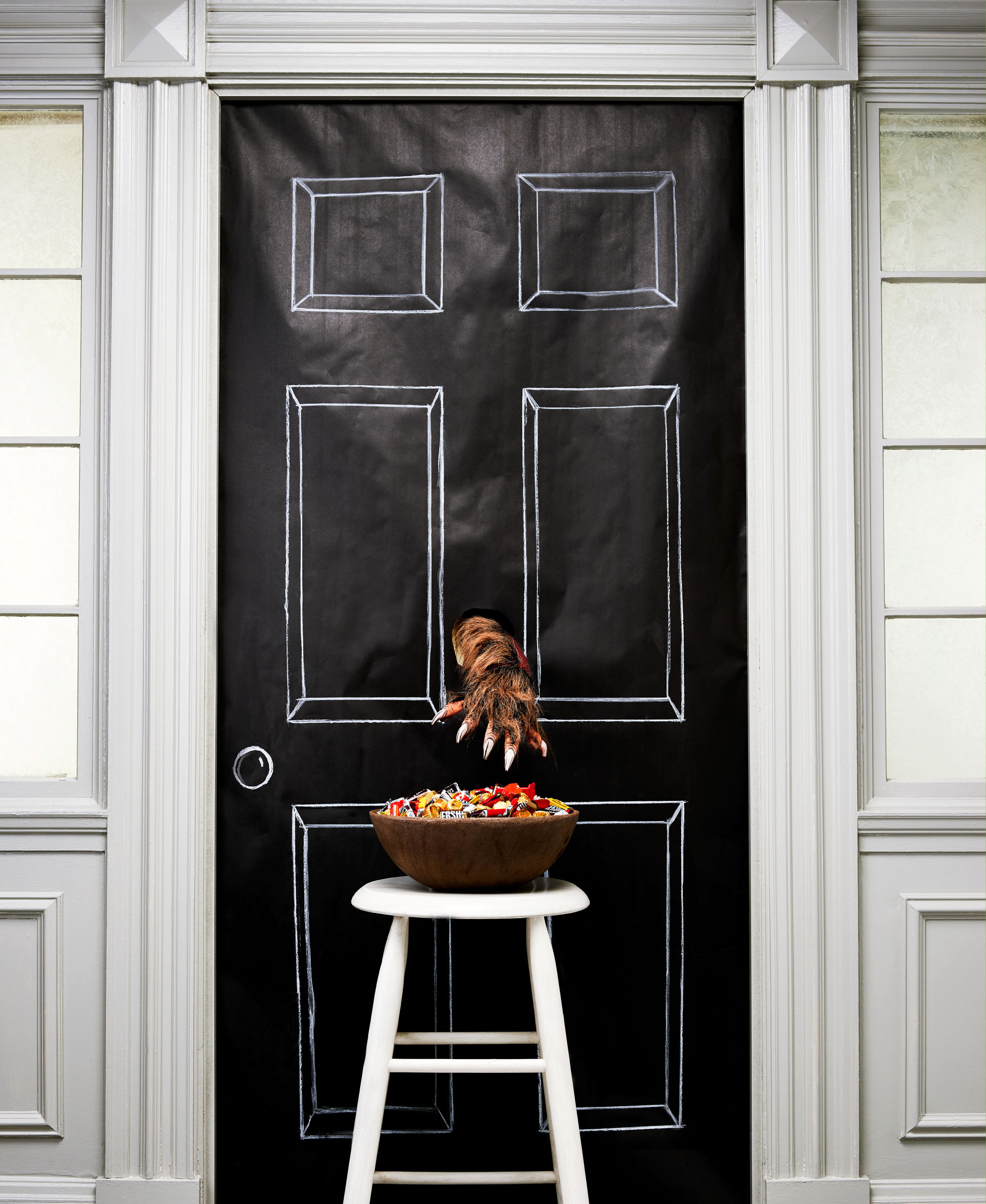 12 Clever Ways to Display Your Halloween Candy for Trick-or-Treaters