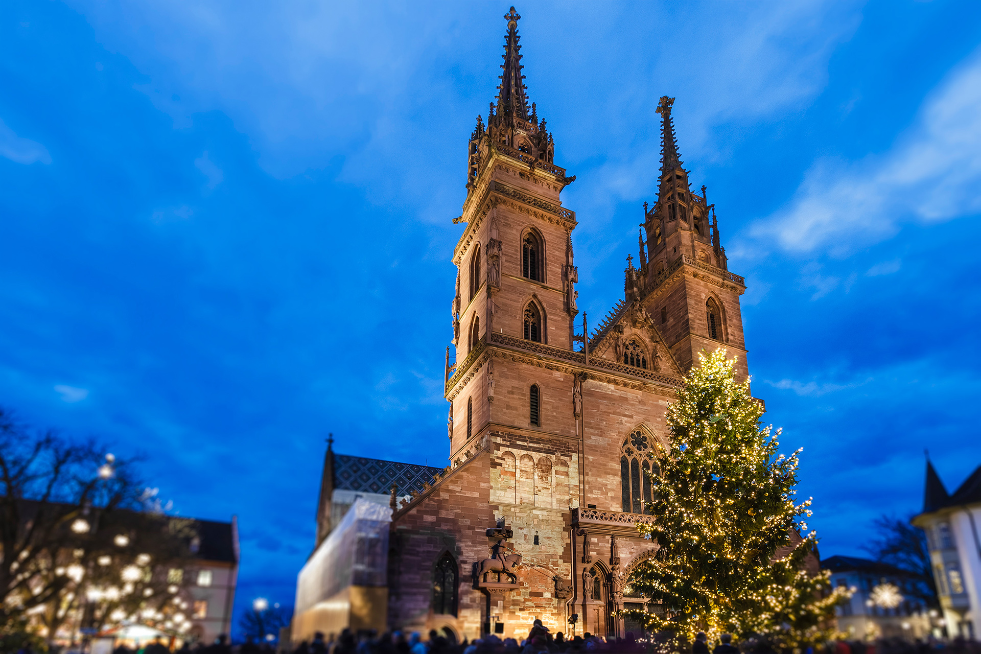 basel christmas market cathedral