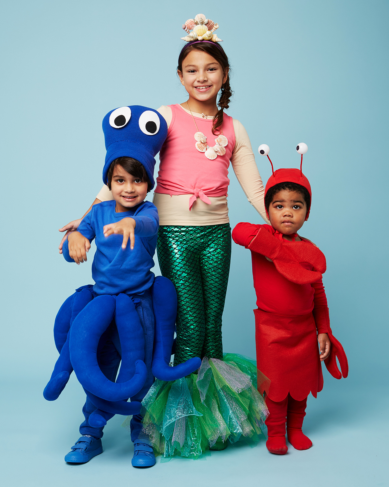 Halloween Costumes For Family Of 3 With A Baby Boy.12 Halloween Costume Ideas For The Whole Family Martha Stewart