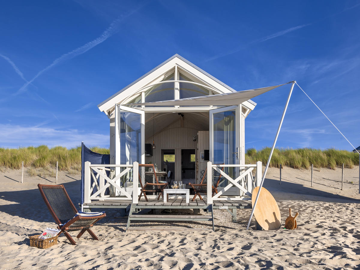 Beach-front cottage in The Netherlands