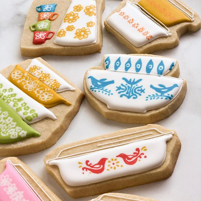 These Vintage-Kitchen Inspired Cookies Are Taking Over Instagram