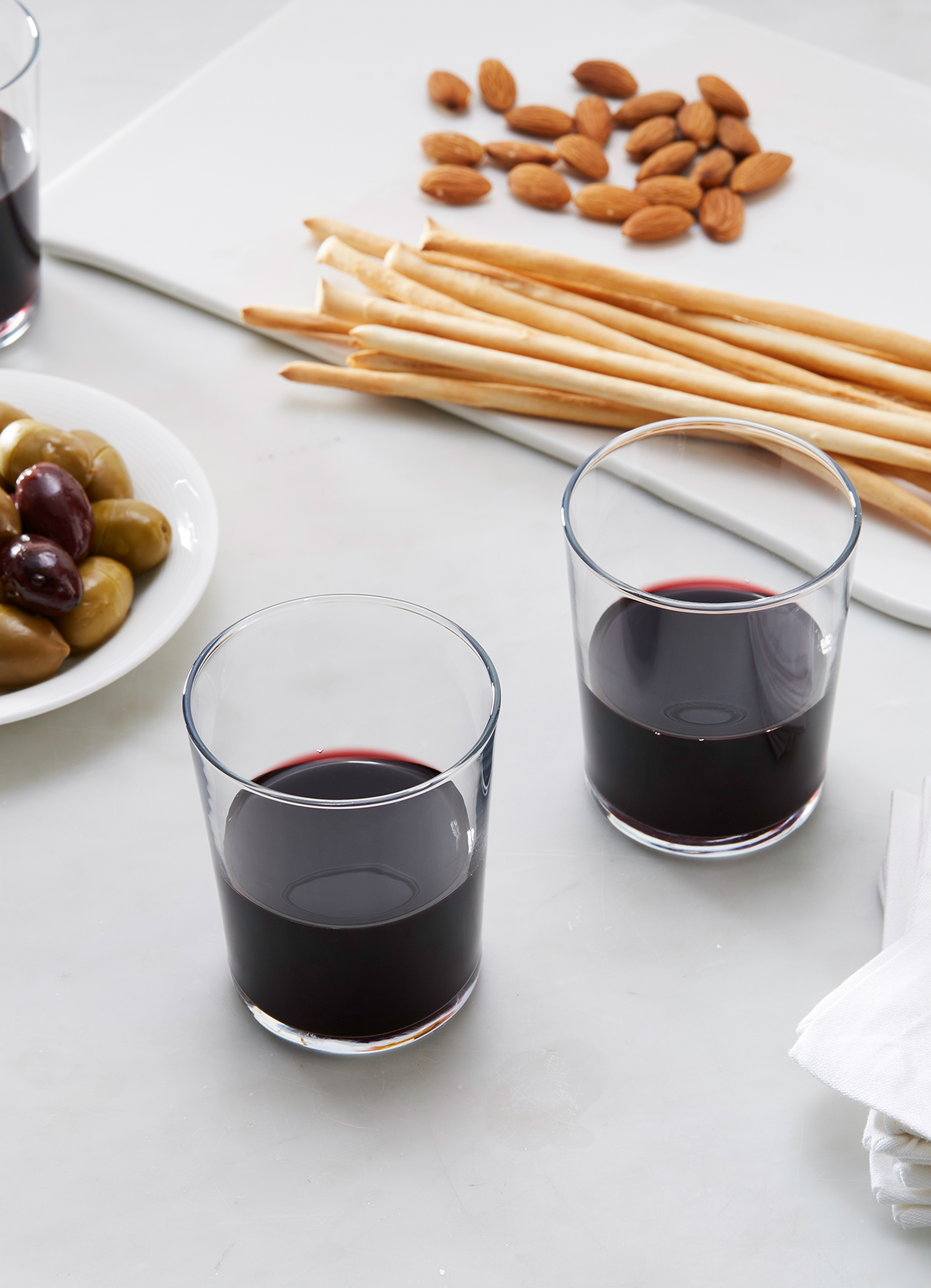 Understanding Sulfites: What Are They, and Do They Really Cause Red Wine Headaches?