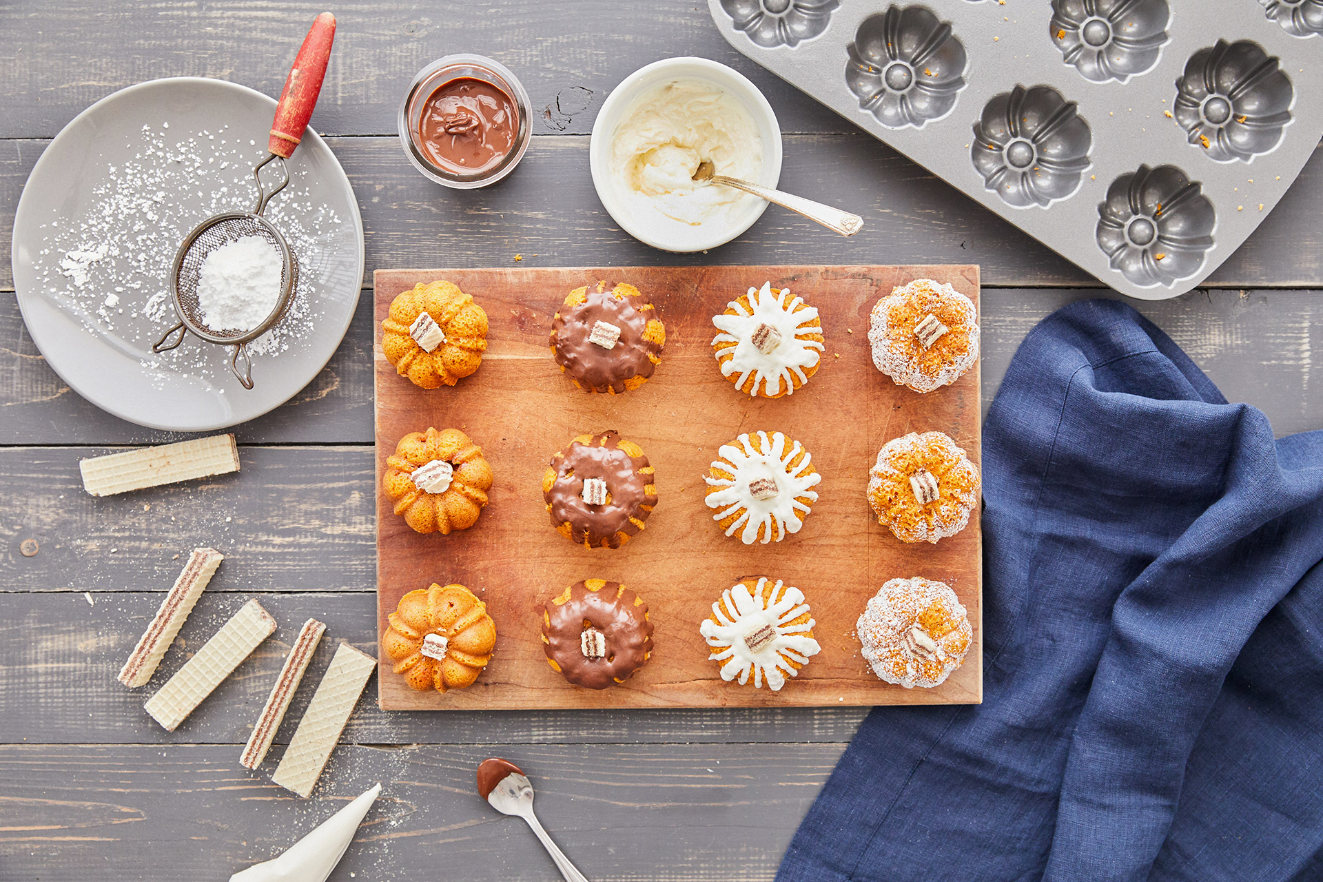 mini pumpkin bundt cakes decorated toppings