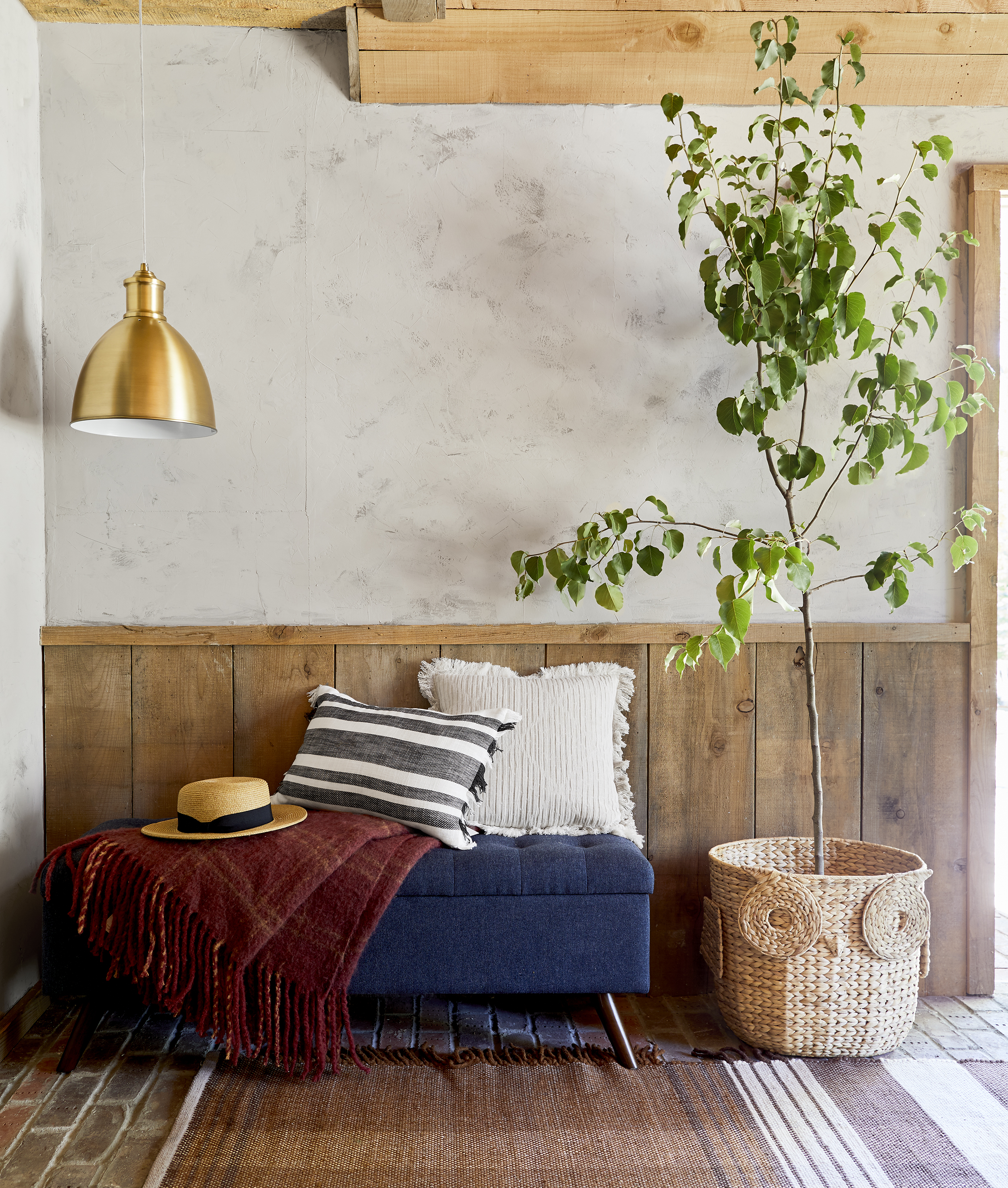 emily henderson fall living room bench and rug