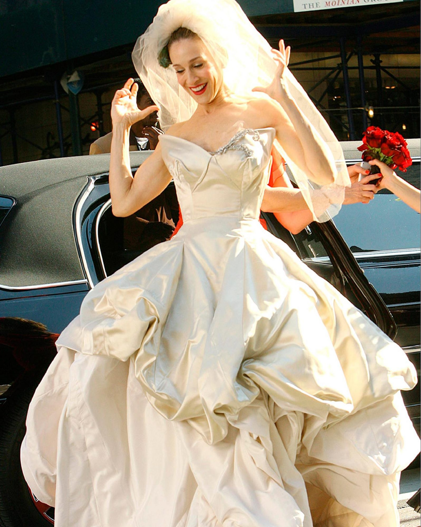 See All The Wedding Dresses That Didn T Make It Into The Sex And The City Movie Martha Stewart