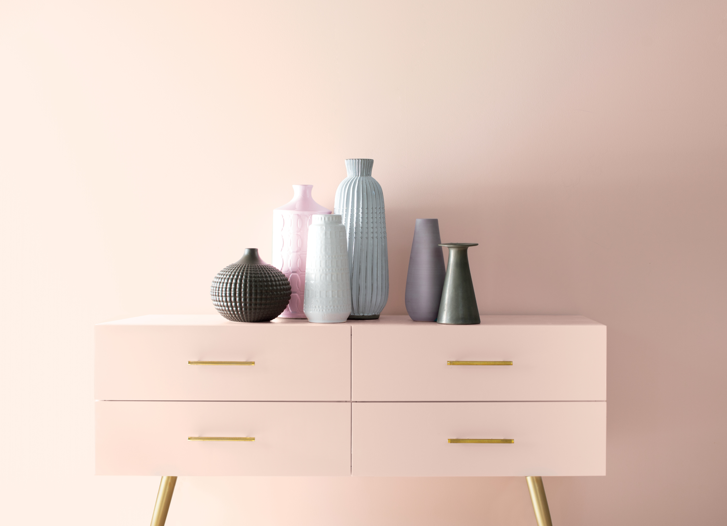 Benjamin moore 39 s 2020 color of the year proves pink is the - Color of the year 2020 ...