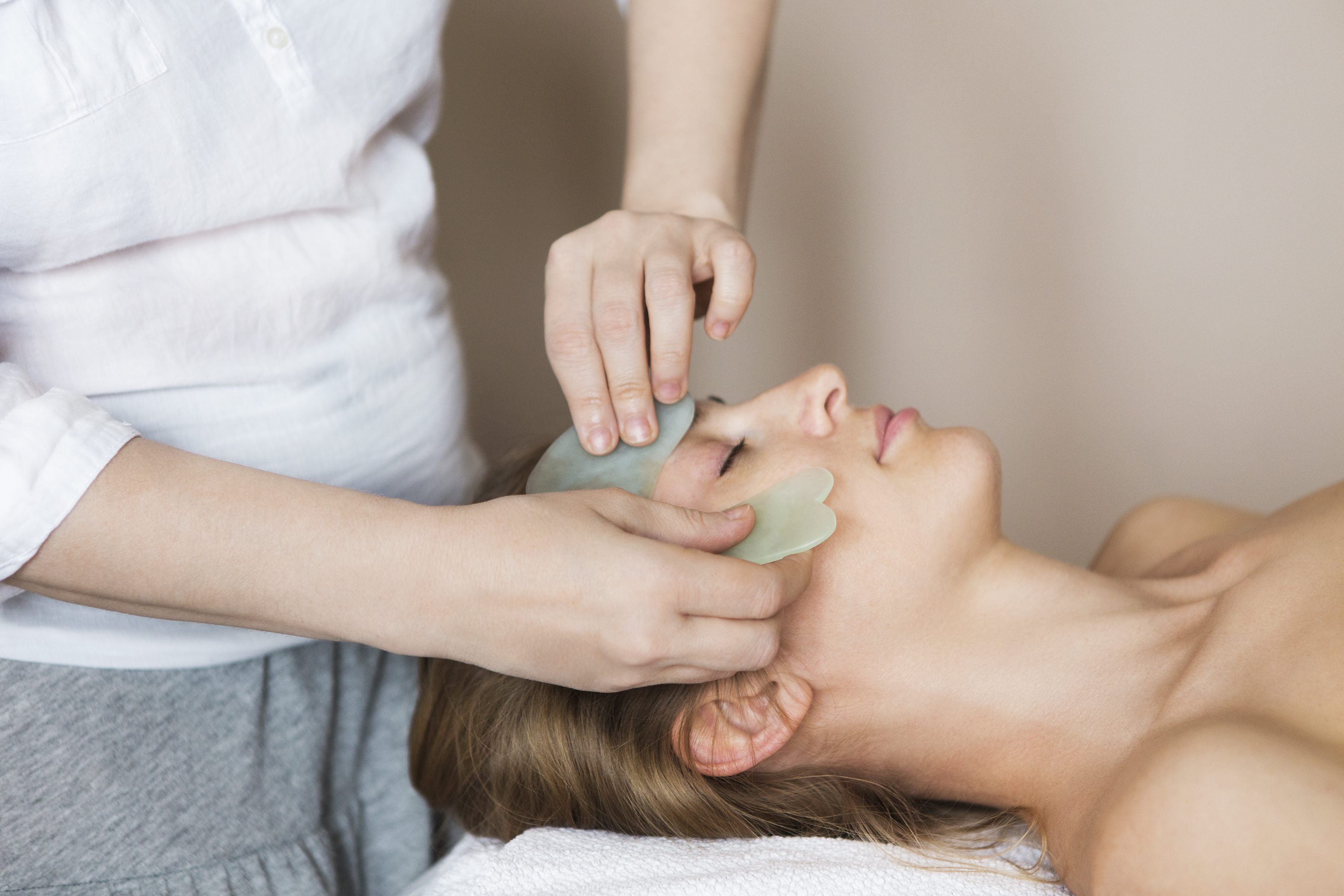 Here's Everything You Need to Know About Facial Gua Sha—a Technique That Gives Skin an Unparalleled Glow