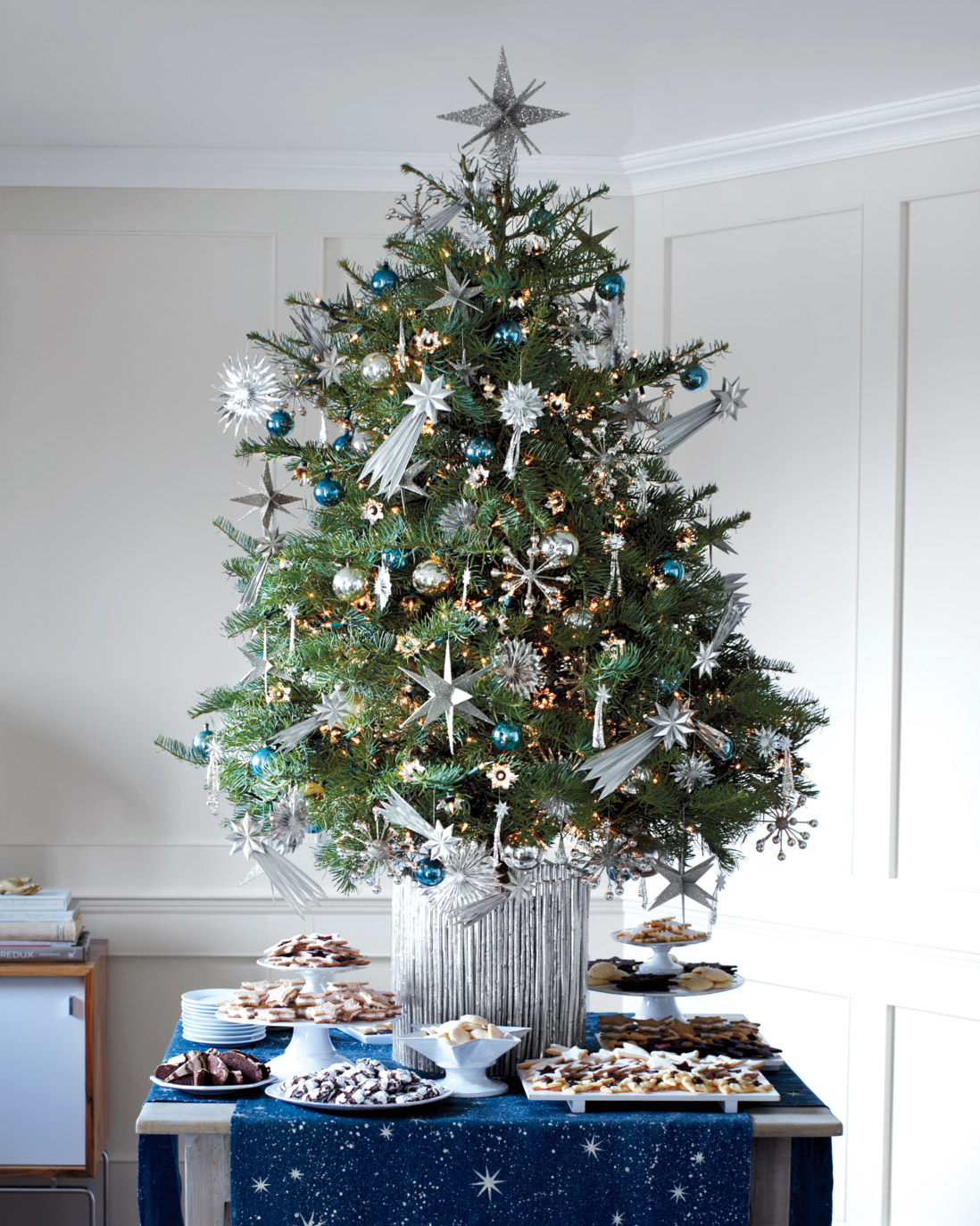 11 Christmas Tree Skirts Collars And Stand Ideas Martha Stewart