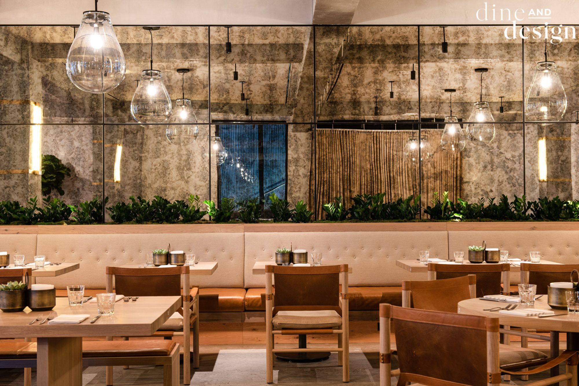 Dine Design Malibu Farm Delivers Cauliflower Pizza And California Charm New Yorkers Never Knew They Needed Martha Stewart