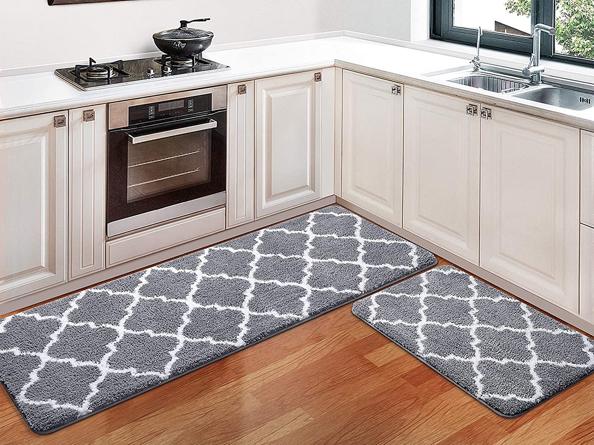 The Nine Best Kitchen Rugs To Buy In 2021 According To Reviews Martha Stewart