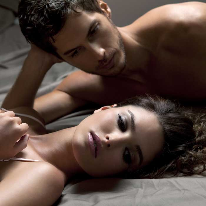 woman-man-bed-tension