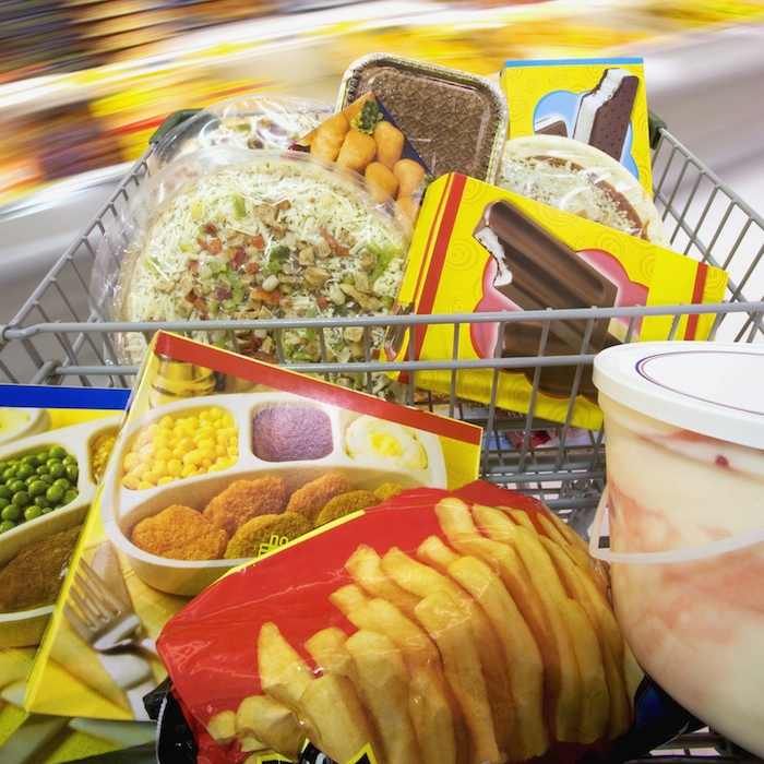processed-foods-shopping-cart_0.jpg
