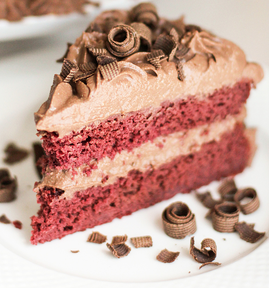 Healthy Vegan Red Velvet Cake with Chocolate Mousse Frosting