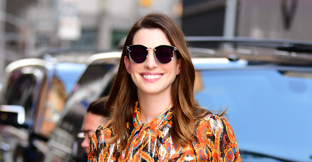 Agree, anne hathaway shows off her boobs what