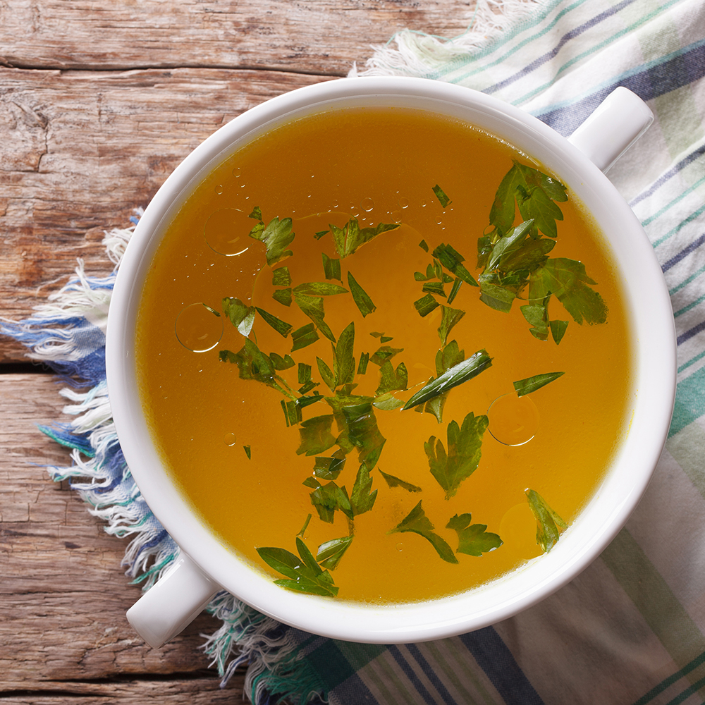 8 Bone Broth Benefits That Will Convince You to Try the Trend