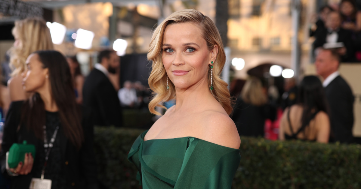 Reese Witherspoon Is Embracing Her Gray Hair and Fine Lines with These Beauty Products