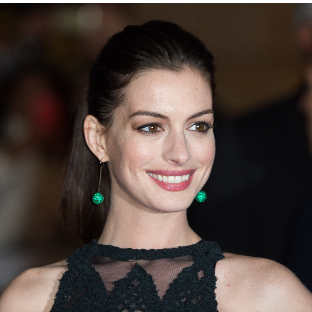 Anne Hathaway Says Hollywood Is Changing, But Being Thin Is  Still the Expectation