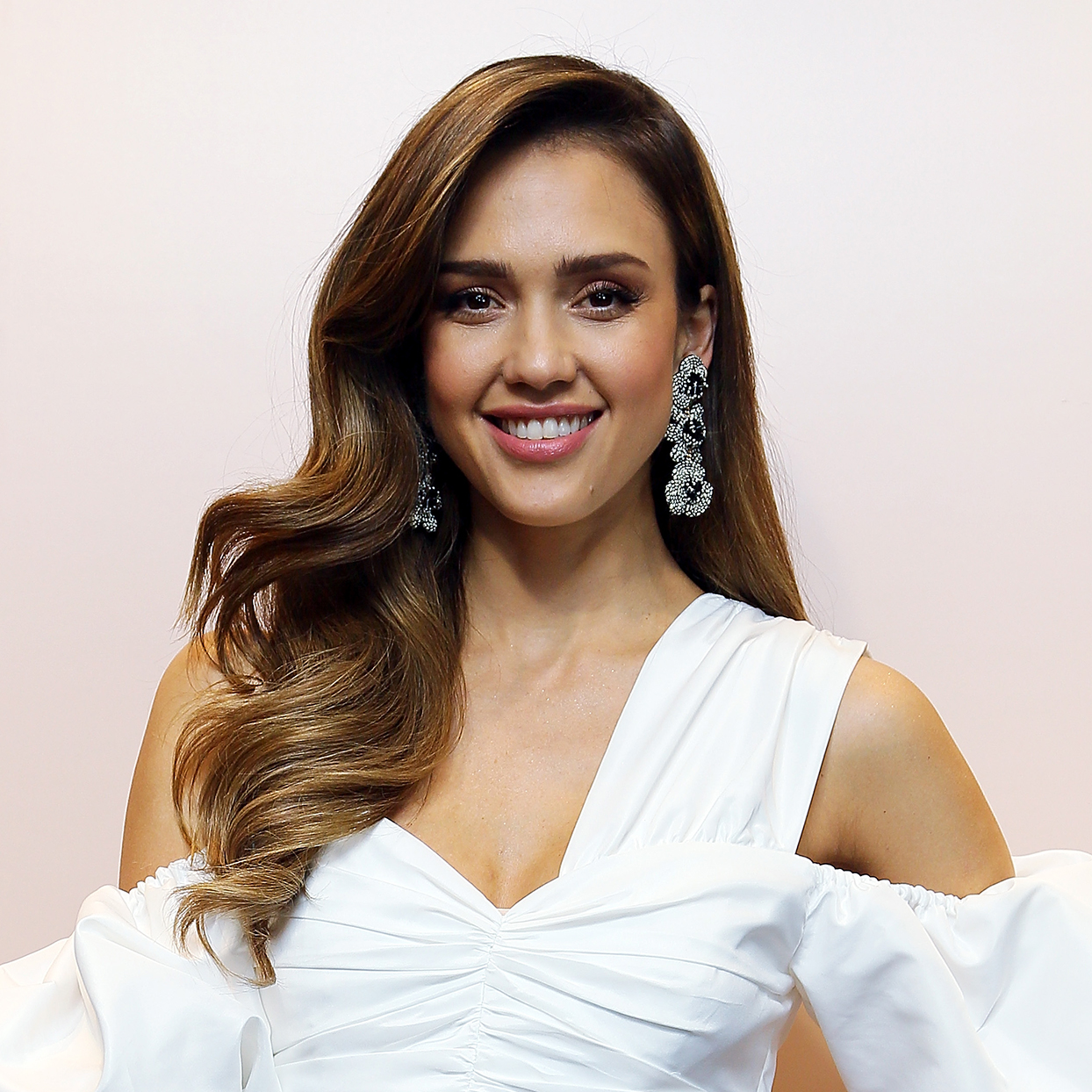 Jessica Alba's Magic Balm Is the One Product I Swear By for Dewy Skin