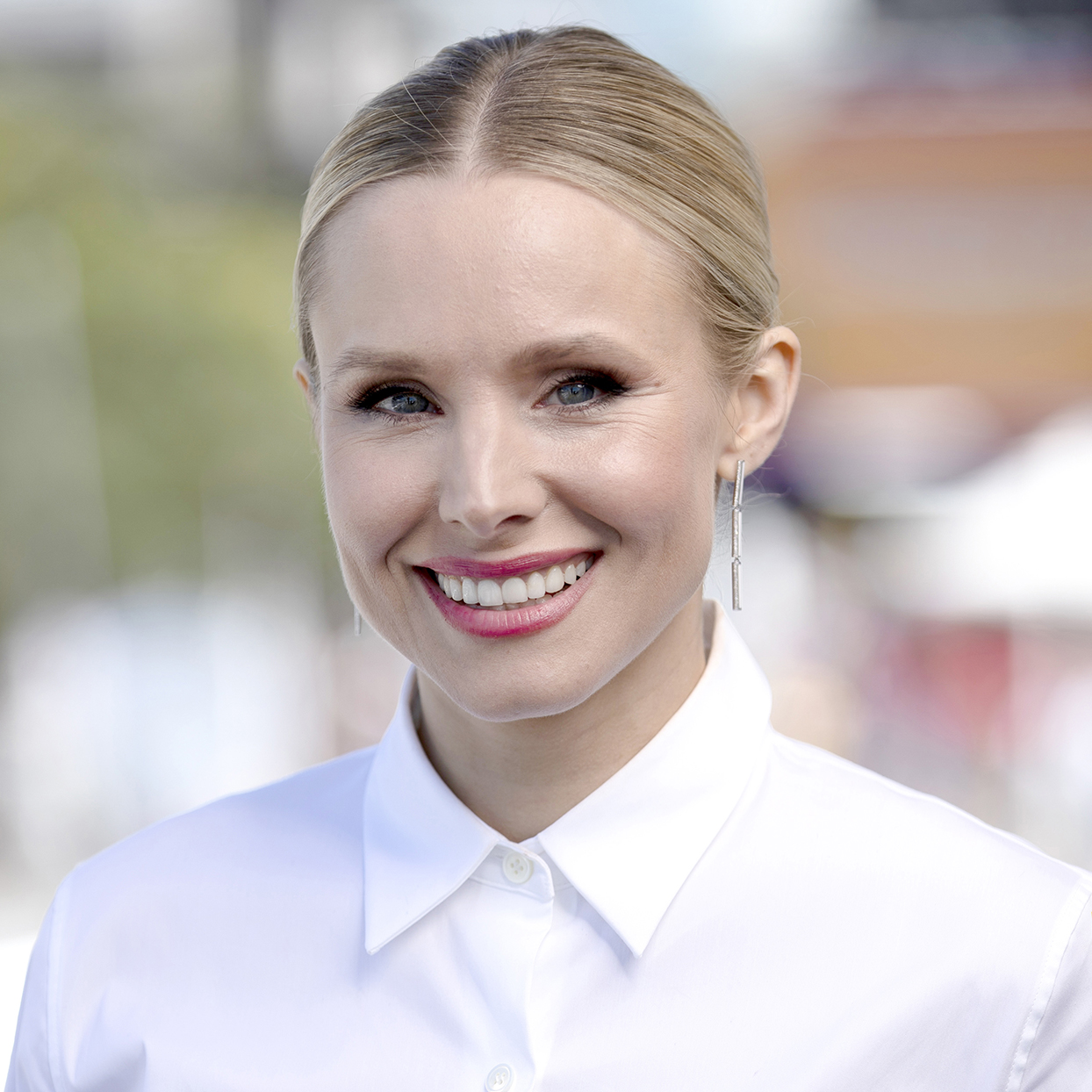 Kristen Bell's Favorite Under-Eye Masks Are On Sale Right Now for Just $13