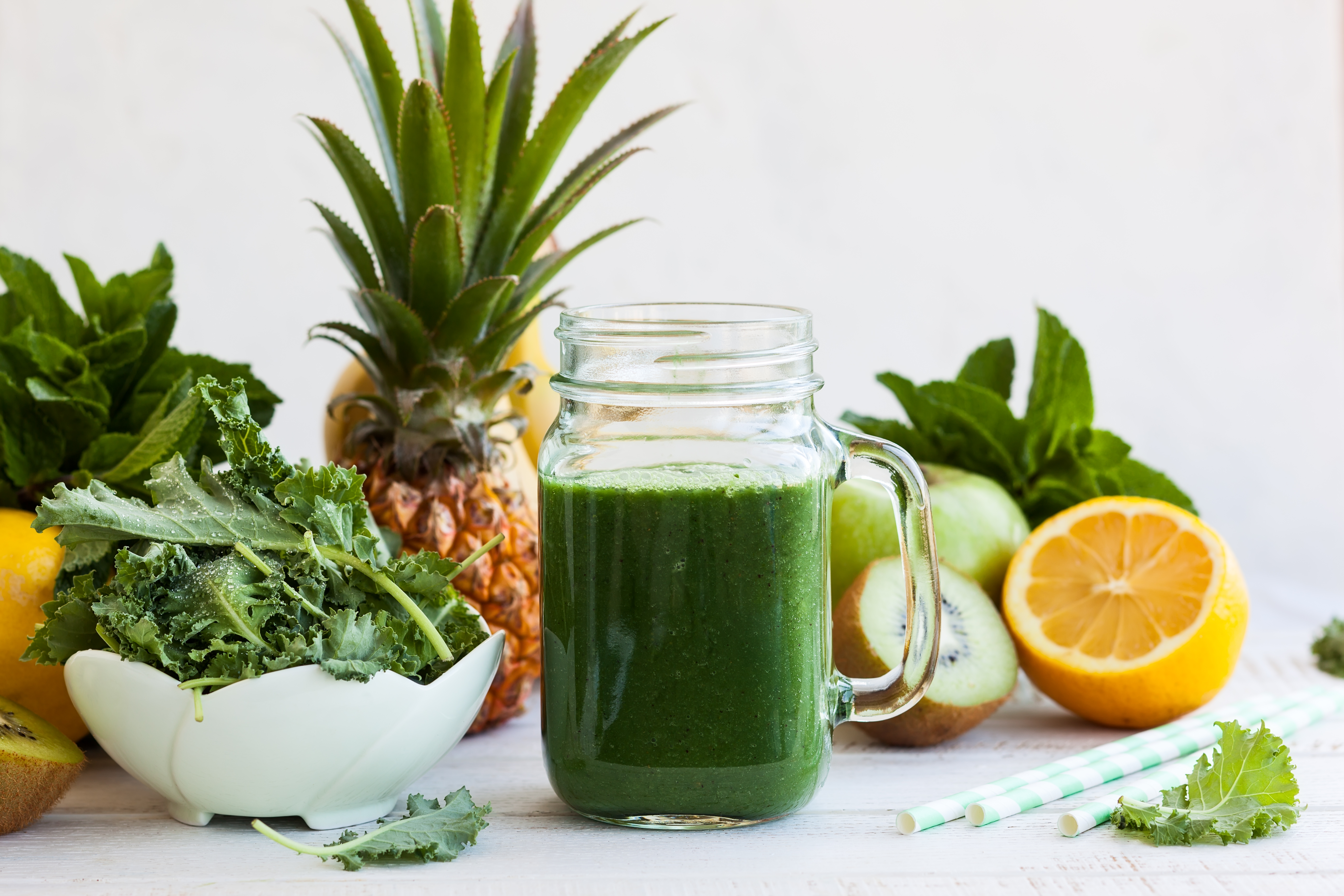 green-monster-healthy-green-smoothie-recipe