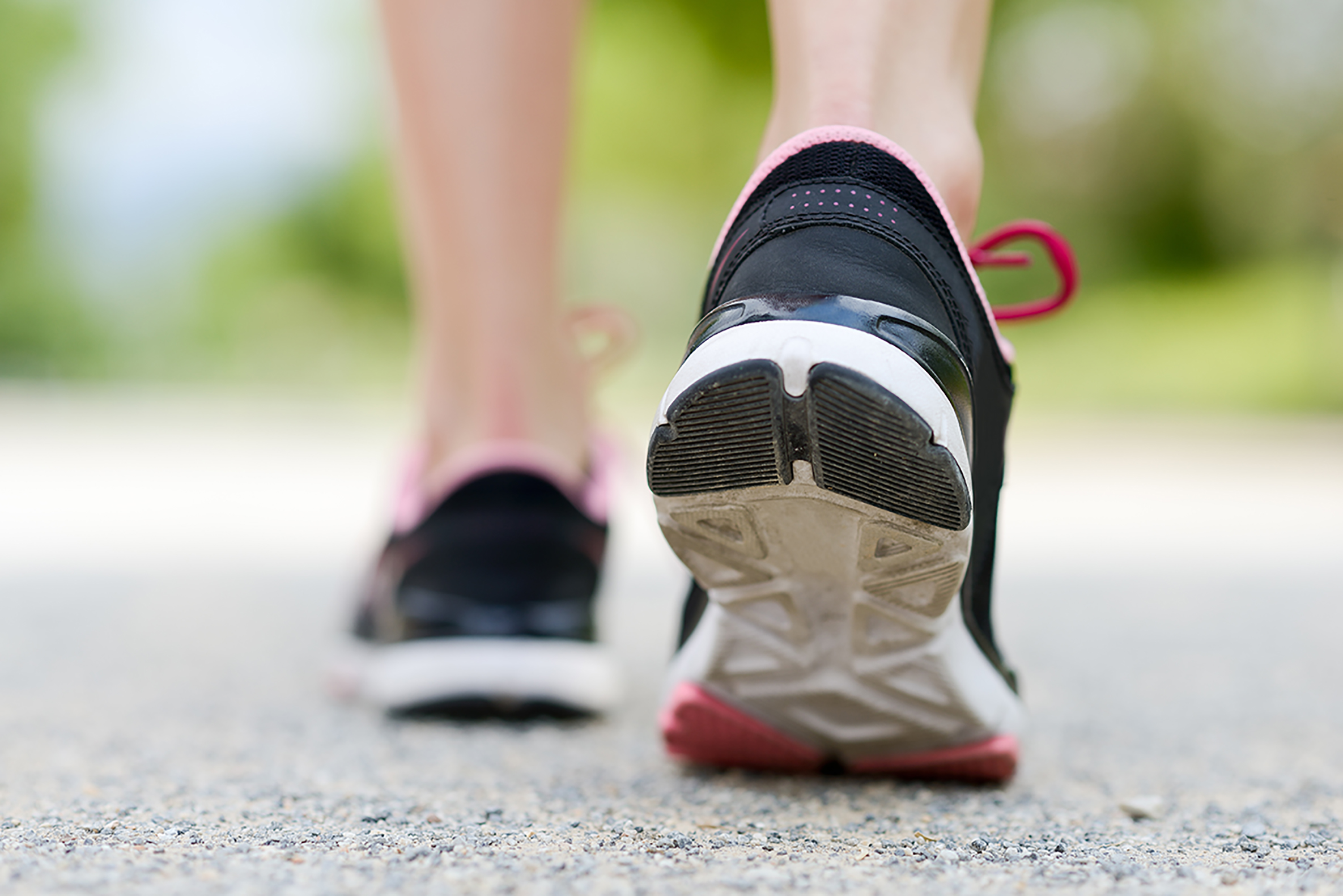 The Best Running Shoes for Plantar Fasciitis, According to a