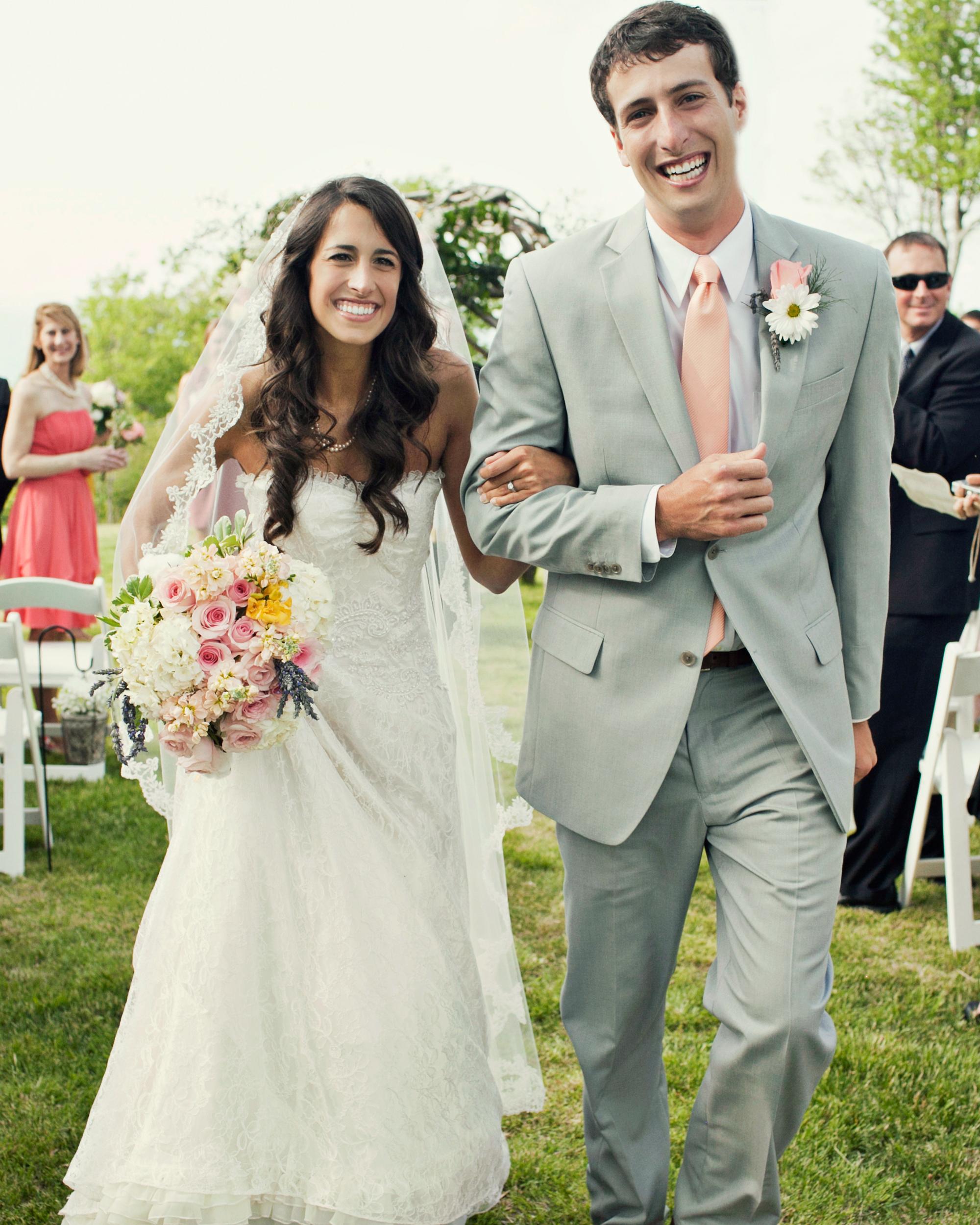 real-weddings-abby-julian-0711-332.jpg