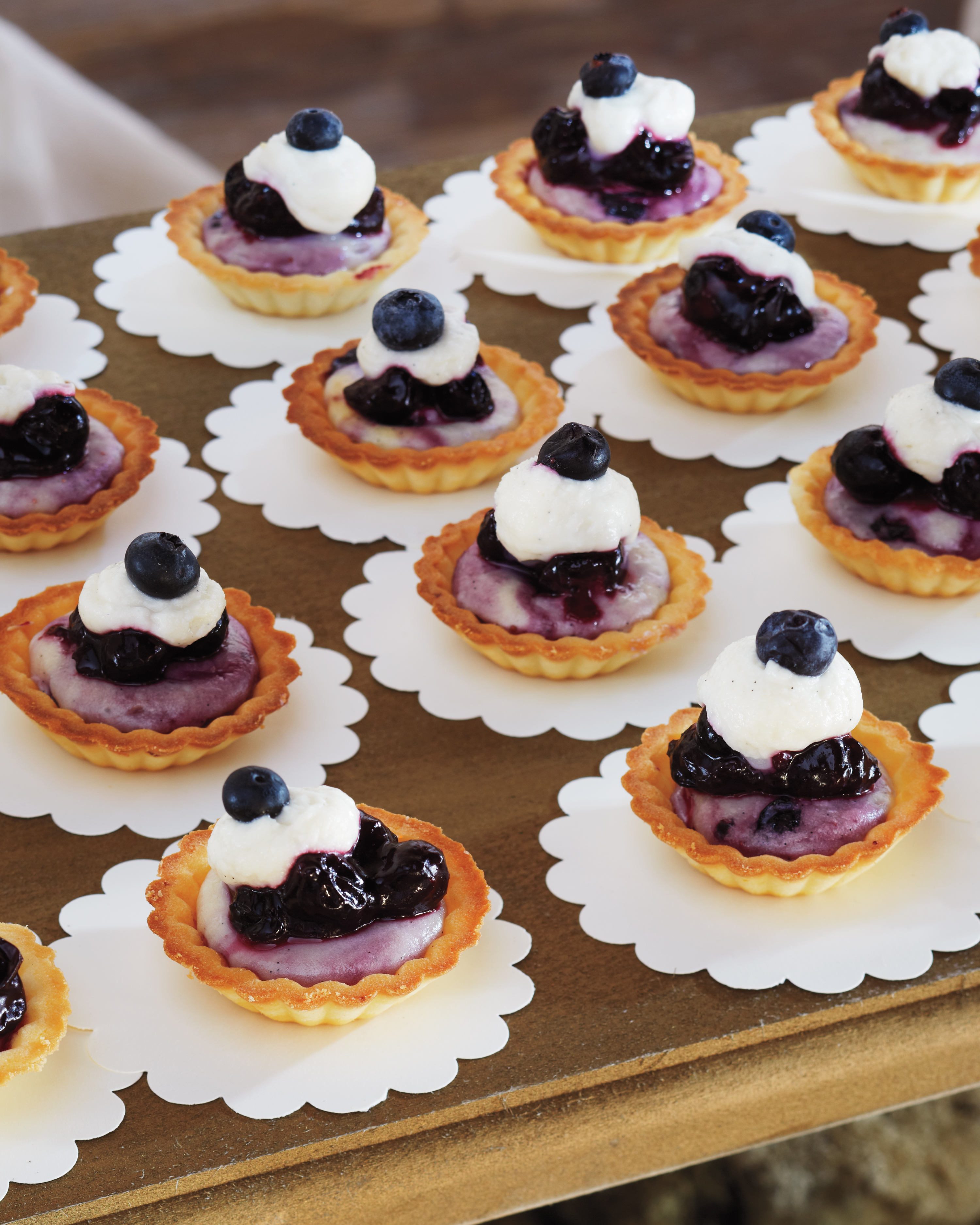 17 Wedding Cheesecake Ideas to Upgrade Your Dessert Bar
