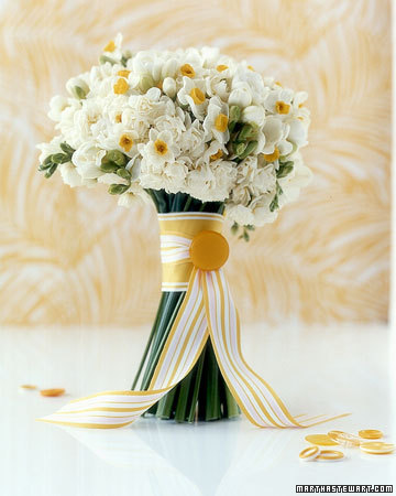 Warm White and Yellow Bouquet