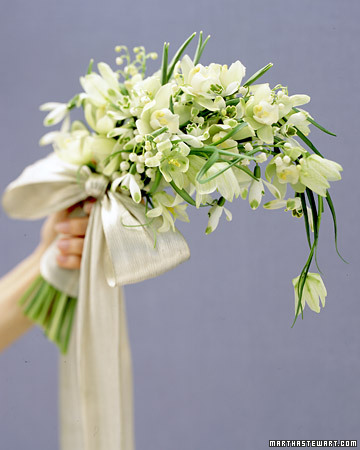 White Bouquet with Tiny Flowers