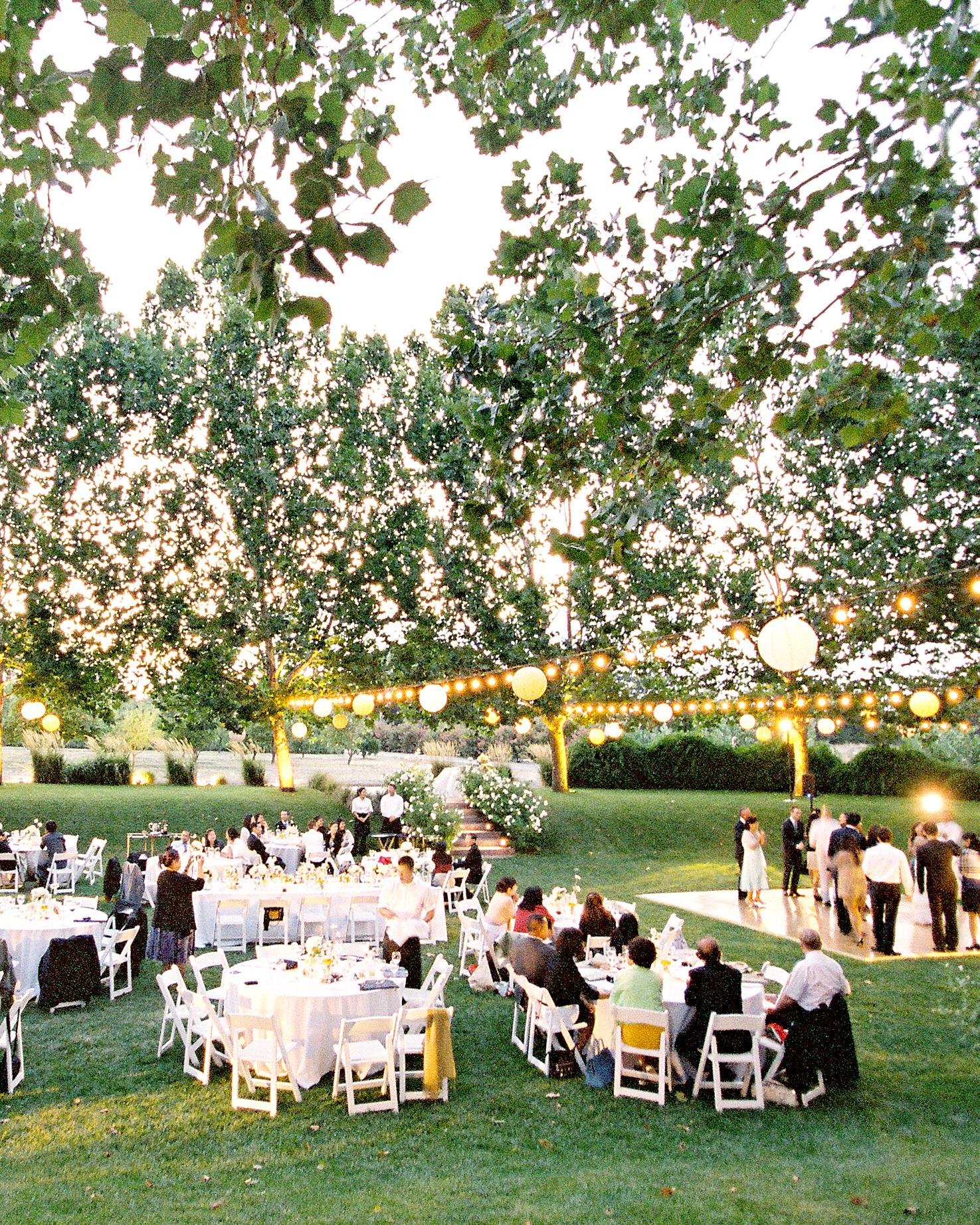 real-weddings-zoe-john-006740-R1-073-35.jpg