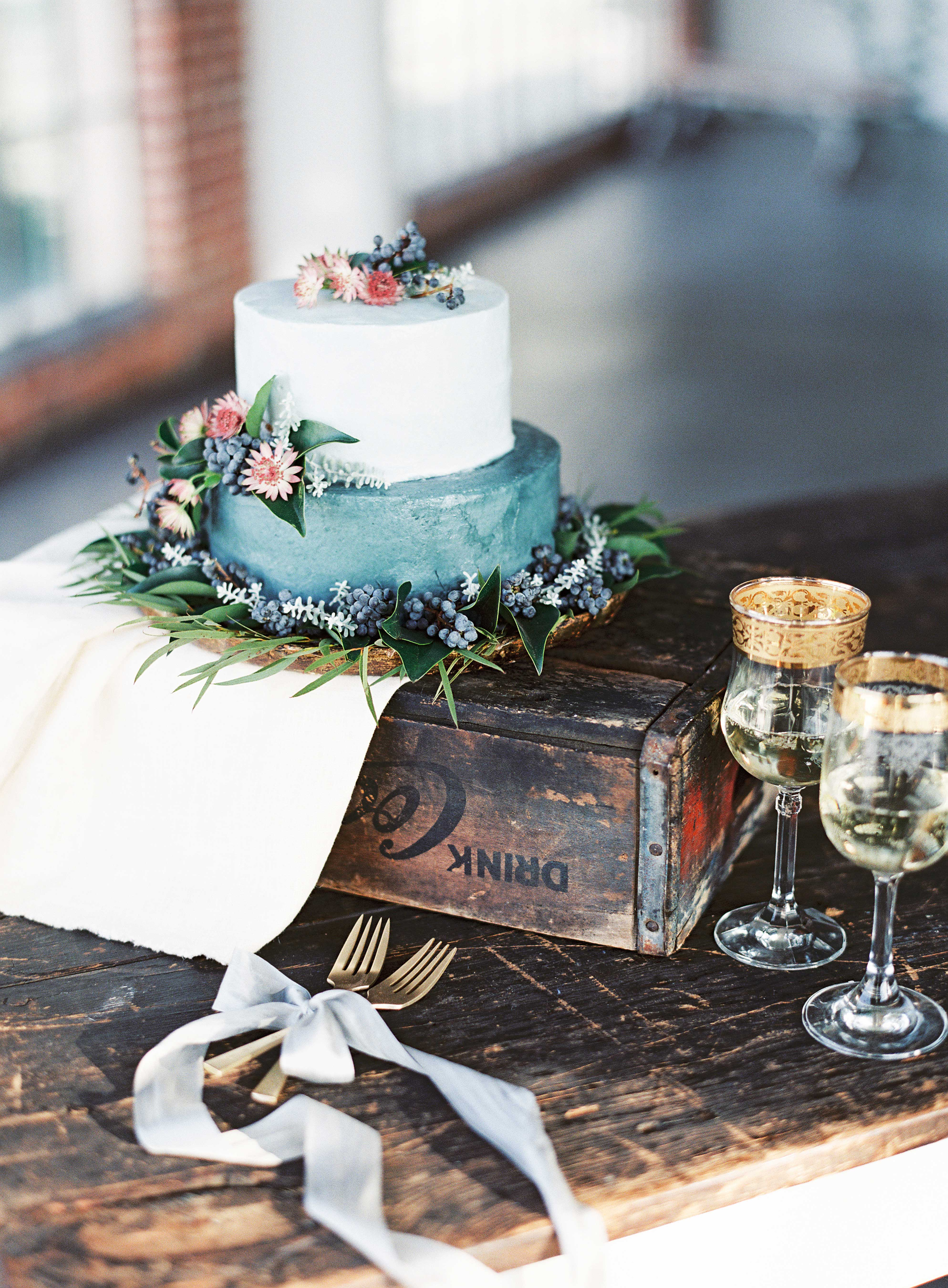 wedding blue white floral